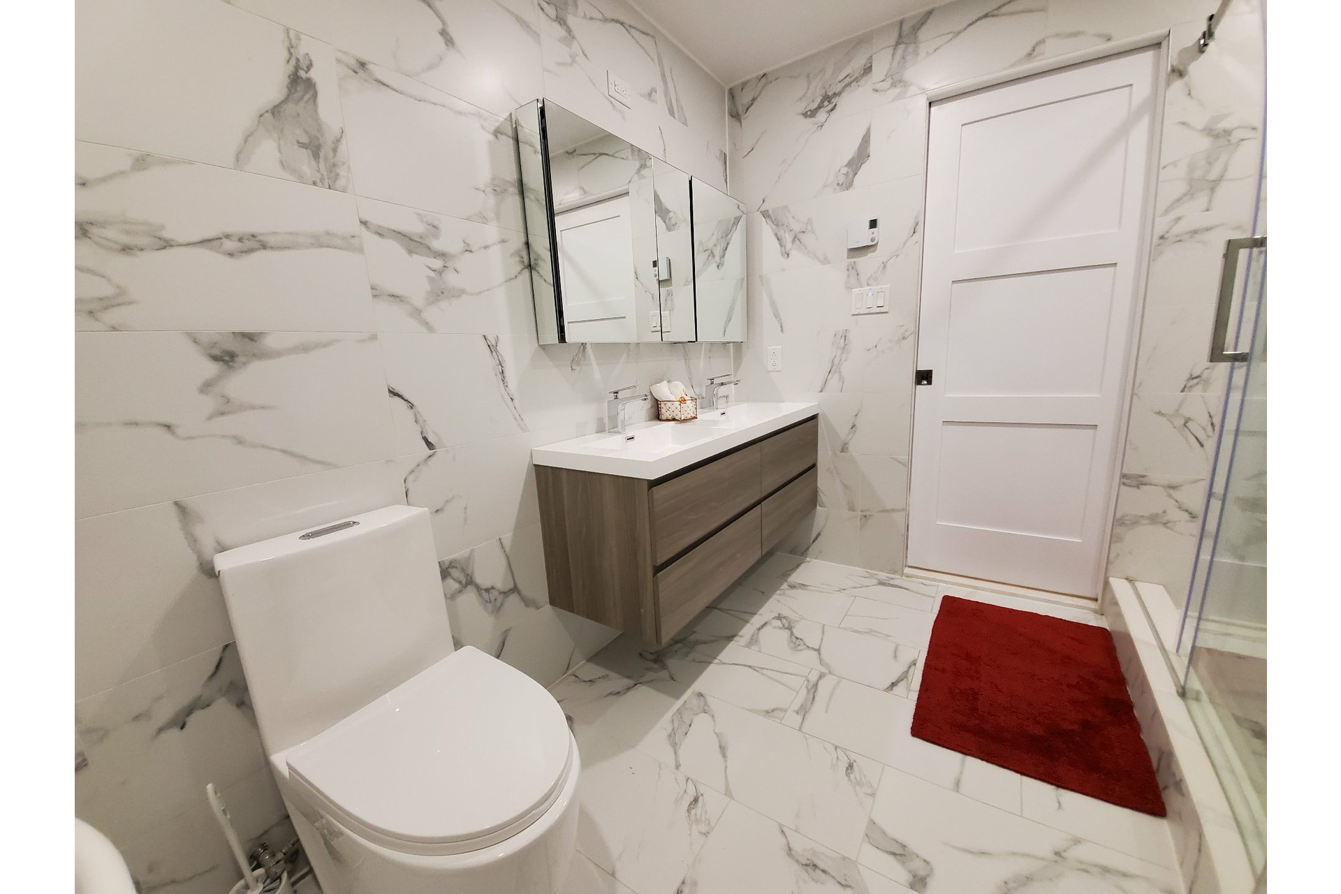 image 17 - Apartment For sale Ville-Marie Montréal  - 5 rooms