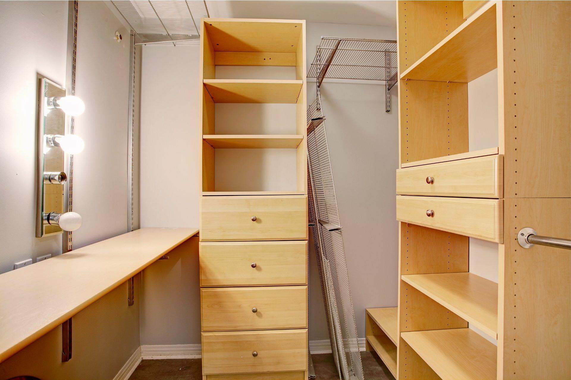 image 25 - Apartment For sale Ville-Marie Montréal  - 5 rooms