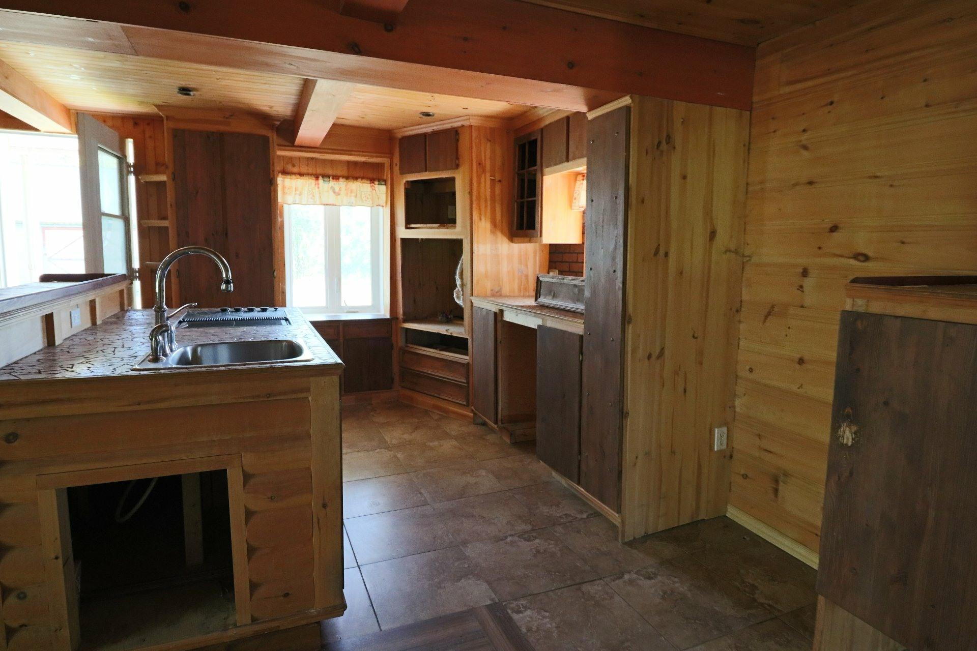 image 5 - House For sale Saint-Tite - 7 rooms