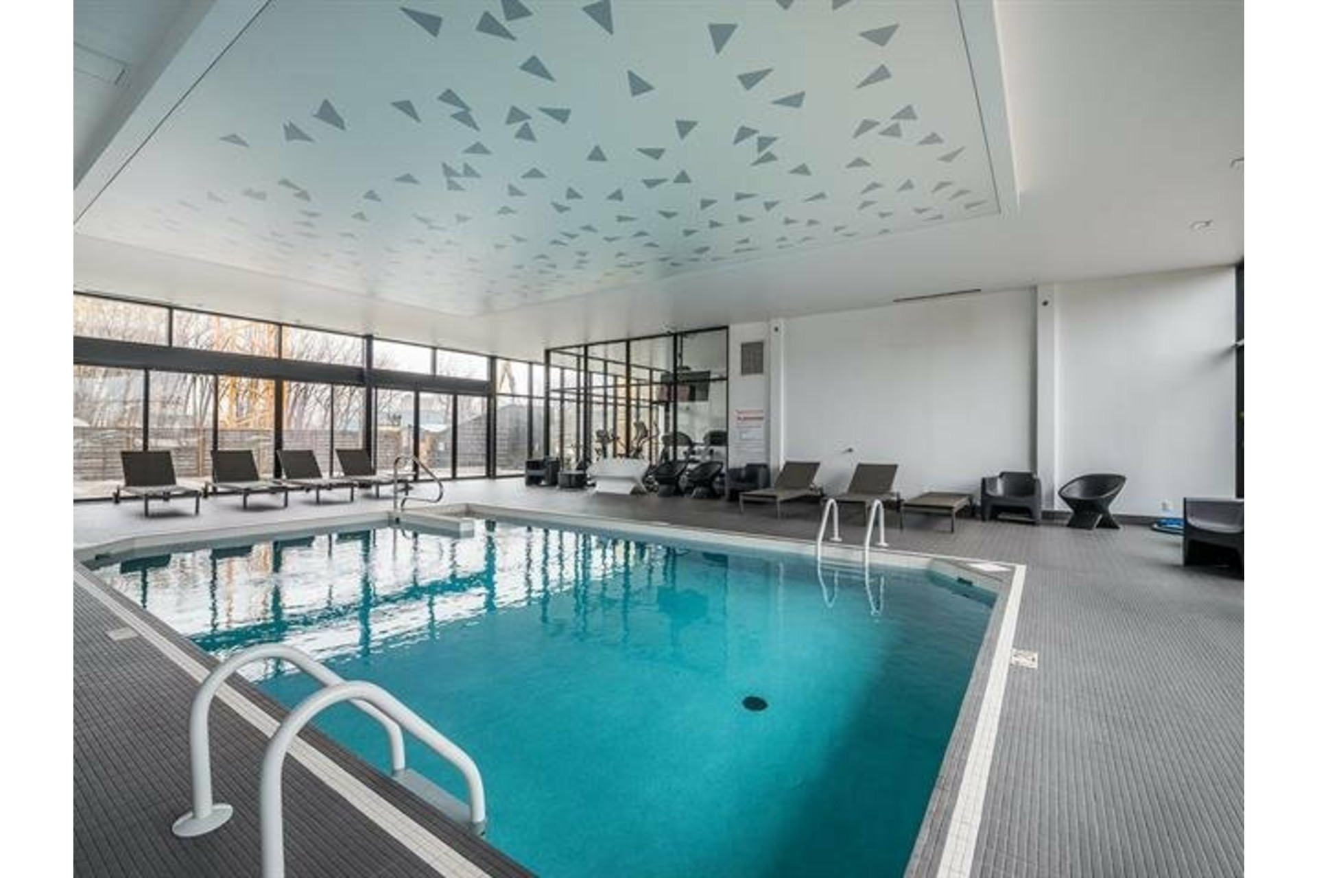 image 17 - Apartment For rent Le Sud-Ouest Montréal  - 5 rooms