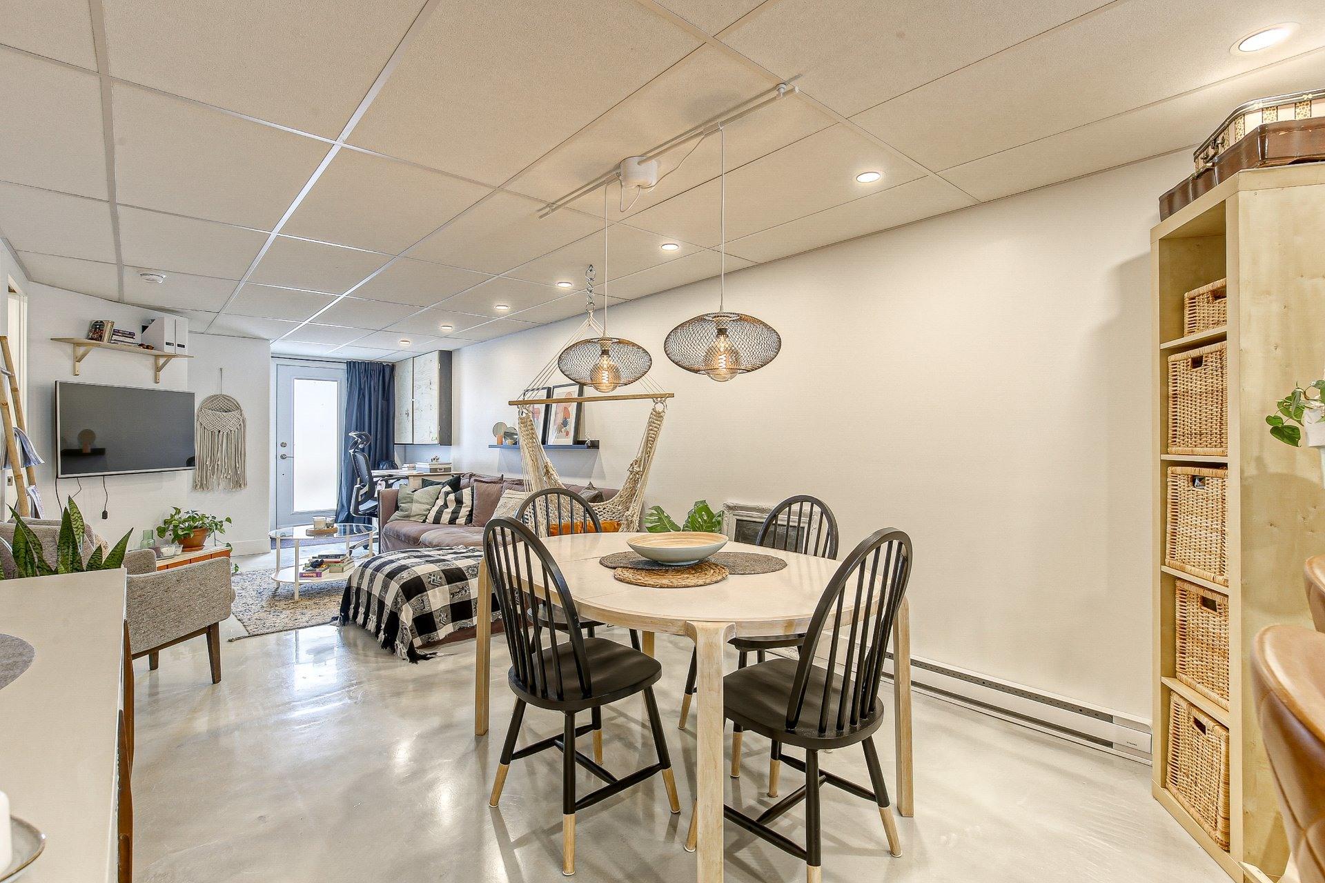 image 20 - Duplex À vendre Villeray/Saint-Michel/Parc-Extension Montréal  - 5 pièces