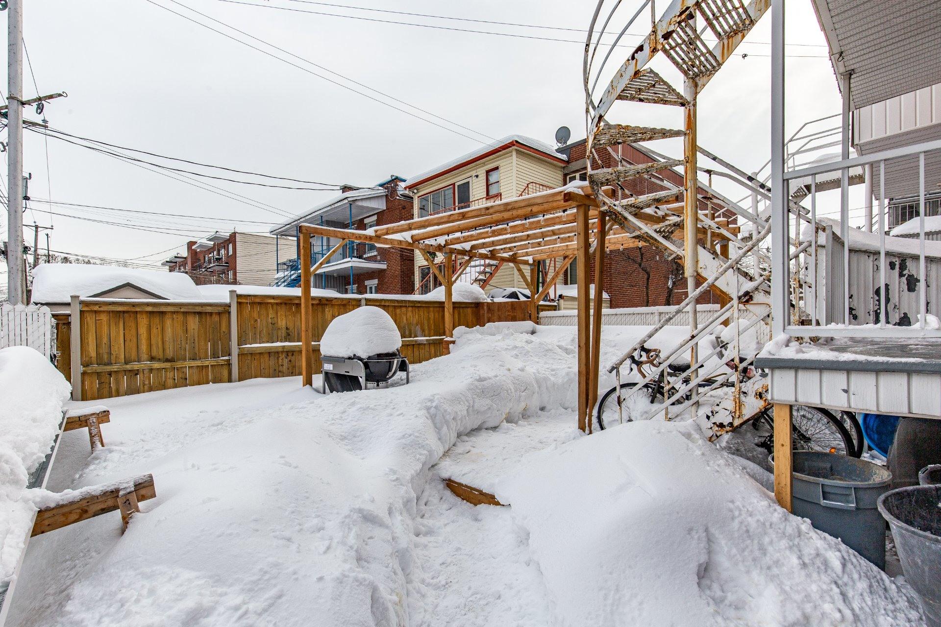image 29 - Duplex À vendre Villeray/Saint-Michel/Parc-Extension Montréal  - 5 pièces