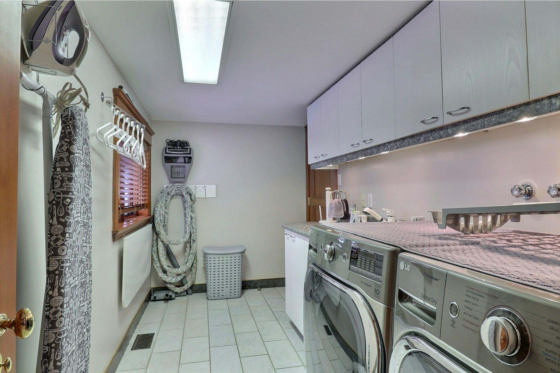 image 37 - Maison À vendre Vimont Laval  - 15 pièces