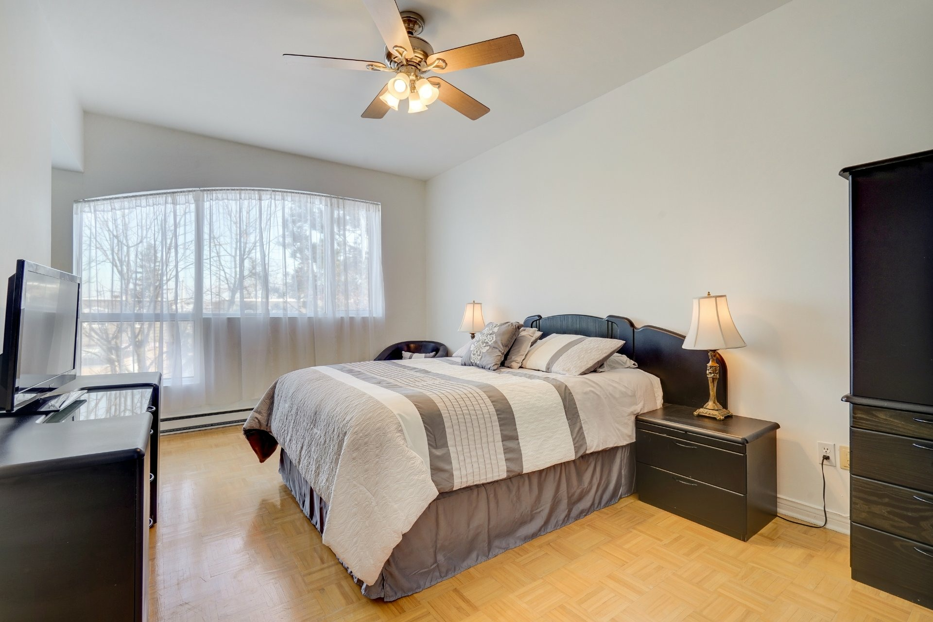 image 12 - Appartement À vendre LaSalle Montréal  - 13 pièces