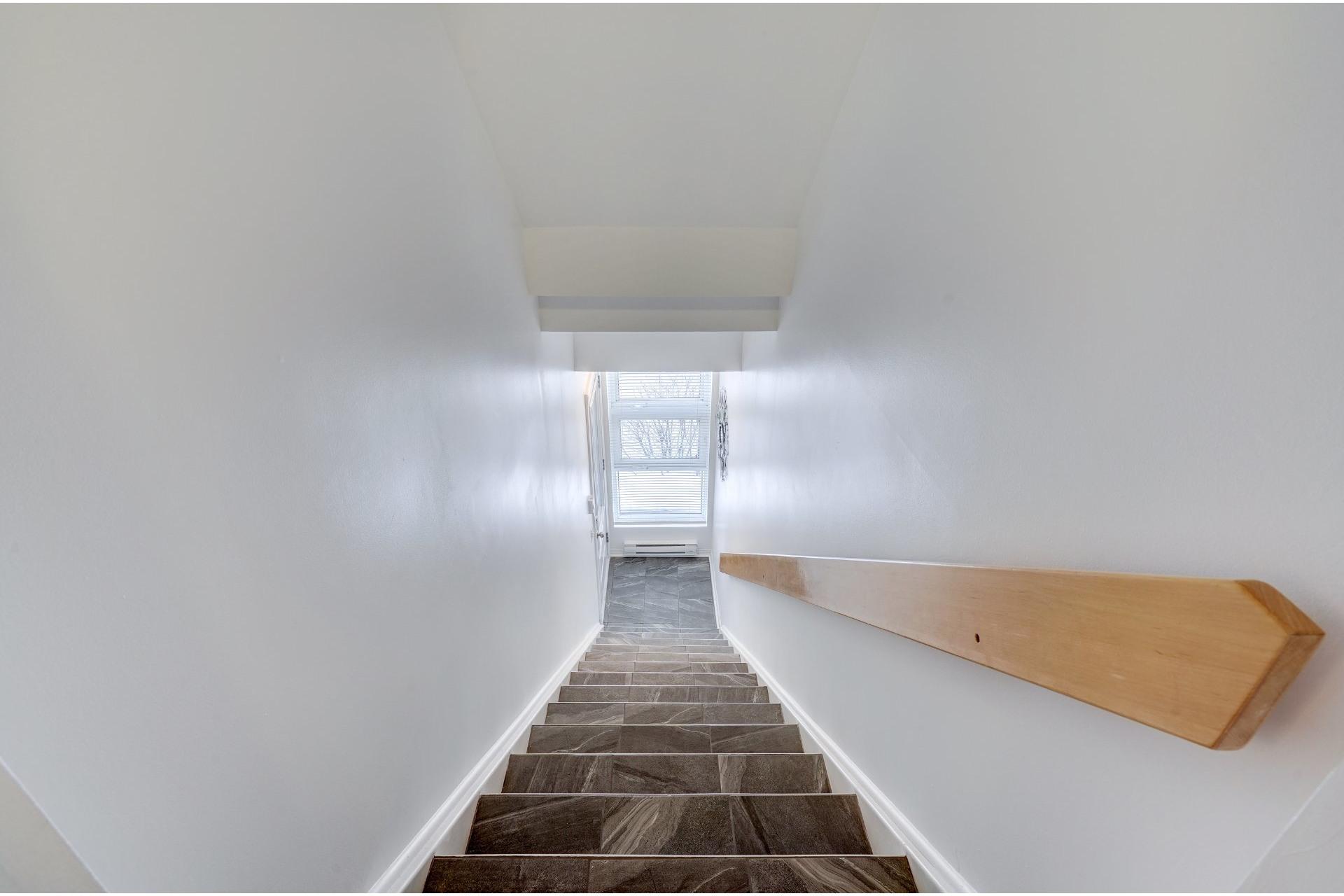 image 32 - Appartement À vendre LaSalle Montréal  - 13 pièces