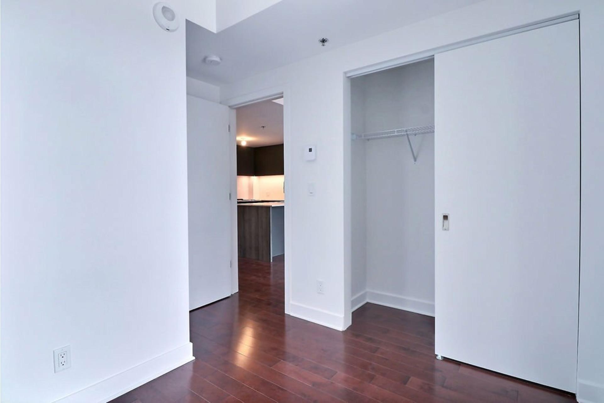 image 12 - Apartment For rent Le Sud-Ouest Montréal  - 2 rooms