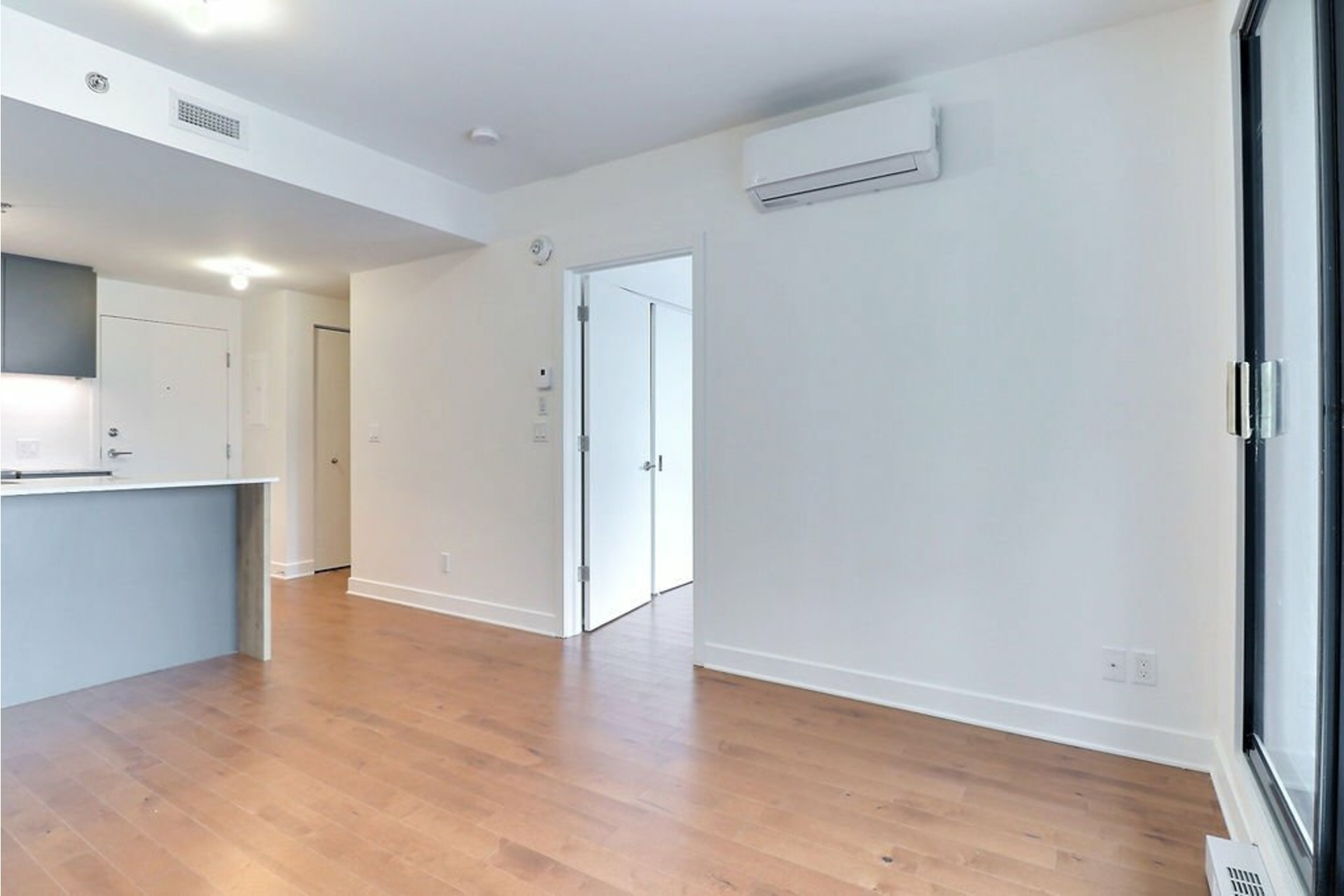 image 11 - Apartment For rent Le Sud-Ouest Montréal  - 1 room