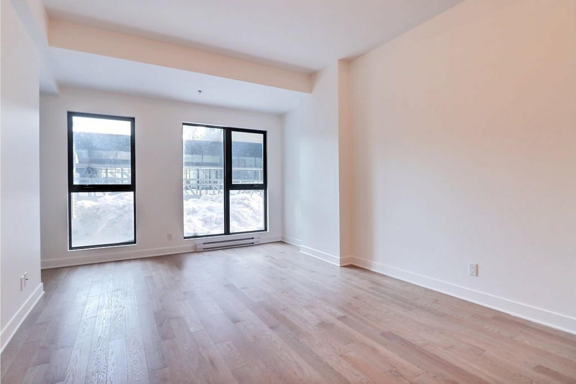 image 4 - Appartement À louer Le Sud-Ouest Montréal  - 5 pièces