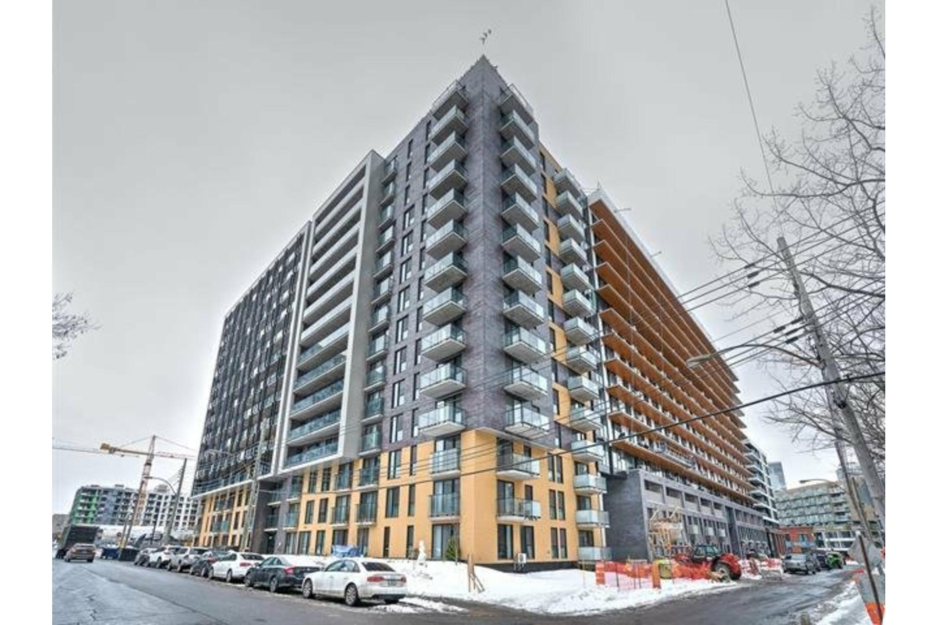 image 2 - Appartement À louer Le Sud-Ouest Montréal  - 5 pièces