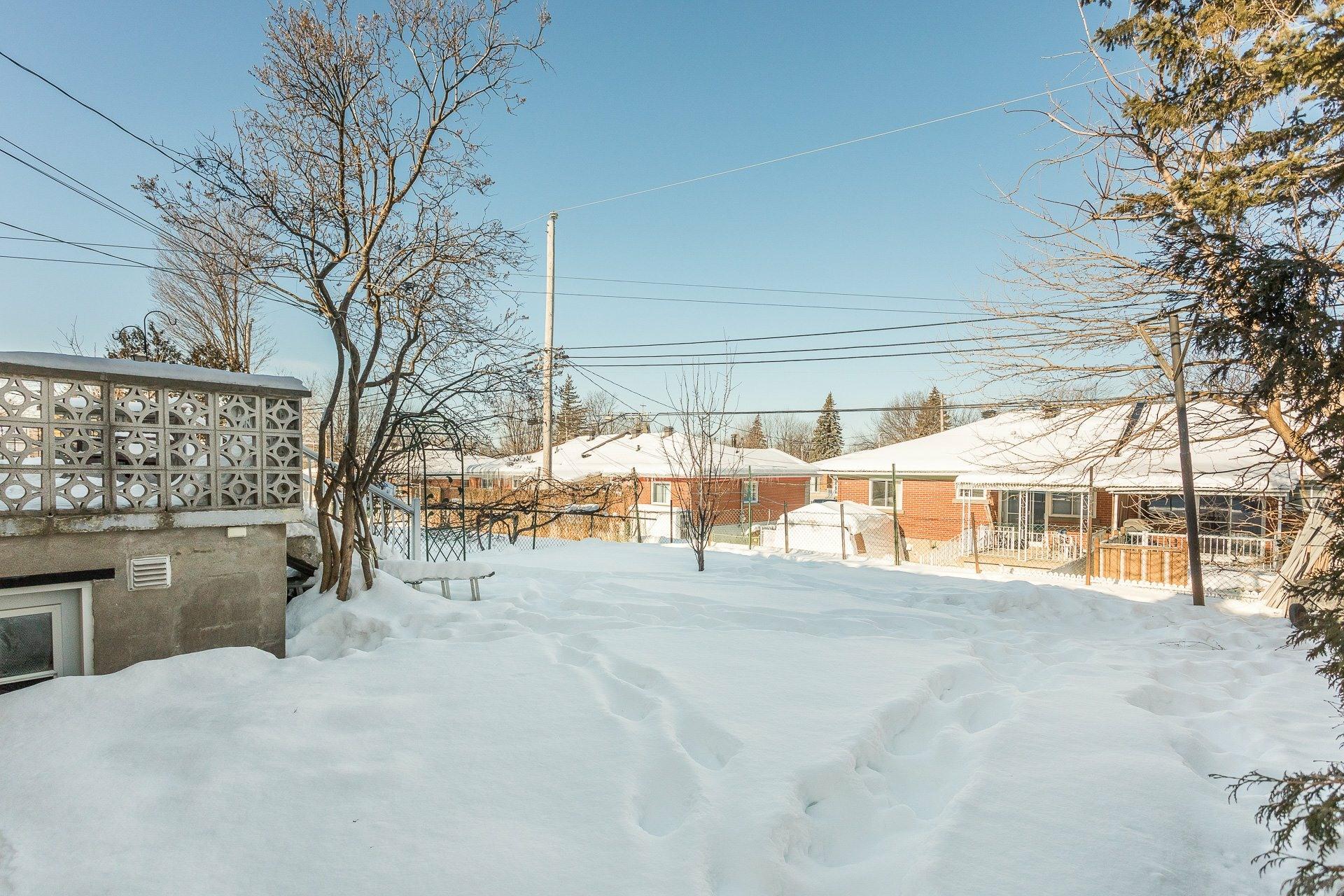 image 23 - House For sale Montréal-Nord Montréal  - 9 rooms