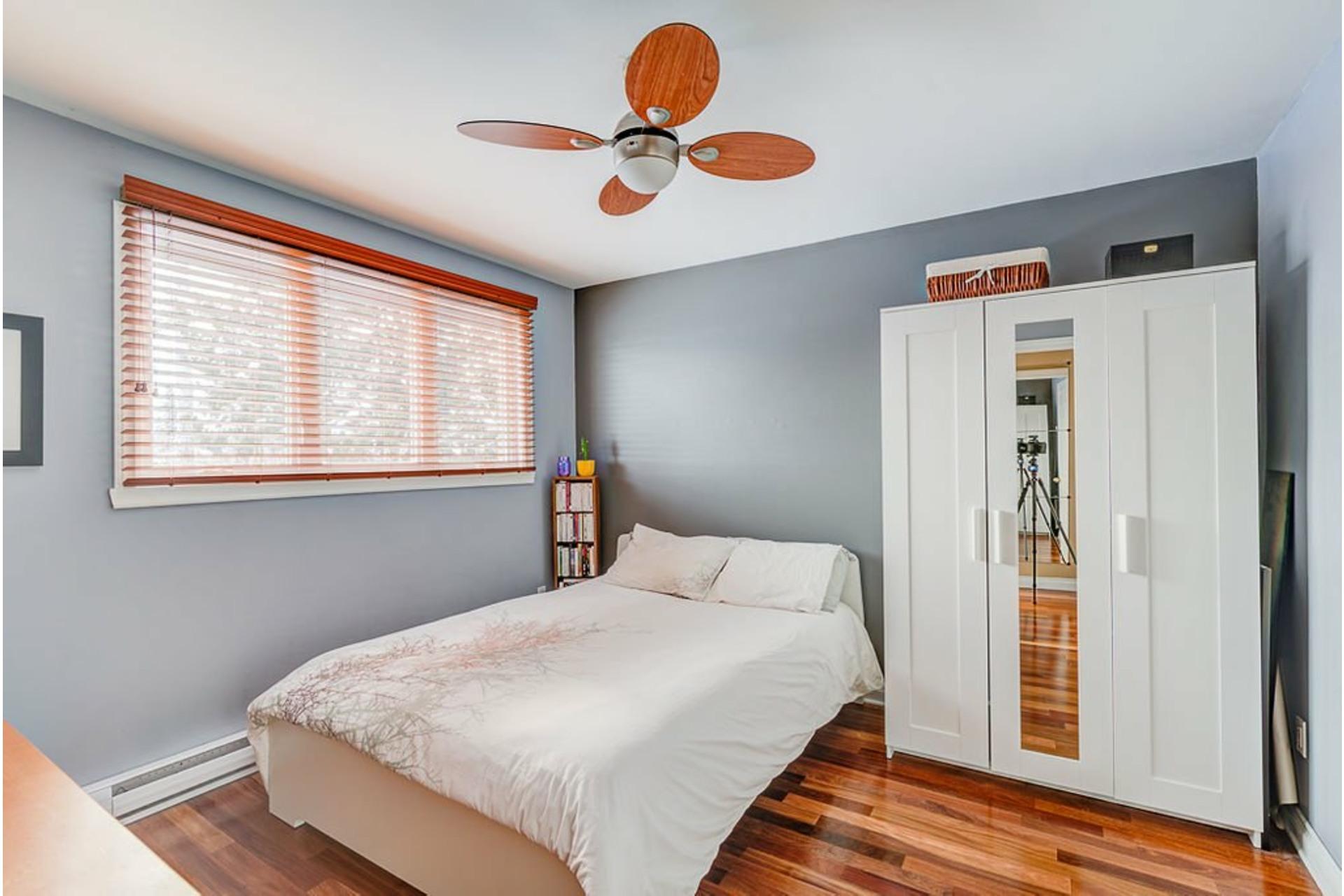 image 28 - House For sale Montréal-Nord Montréal  - 10 rooms