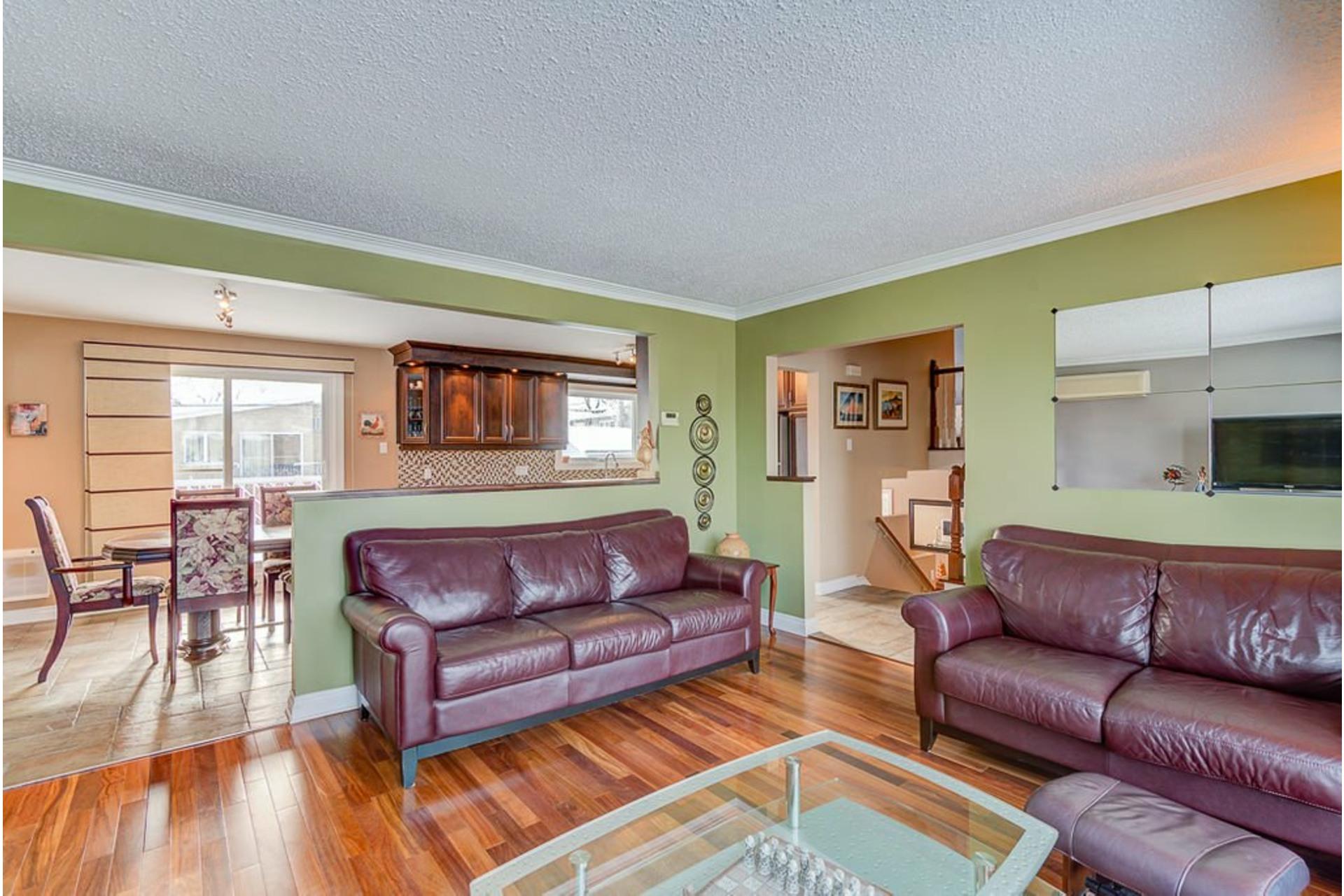 image 4 - House For sale Montréal-Nord Montréal  - 10 rooms