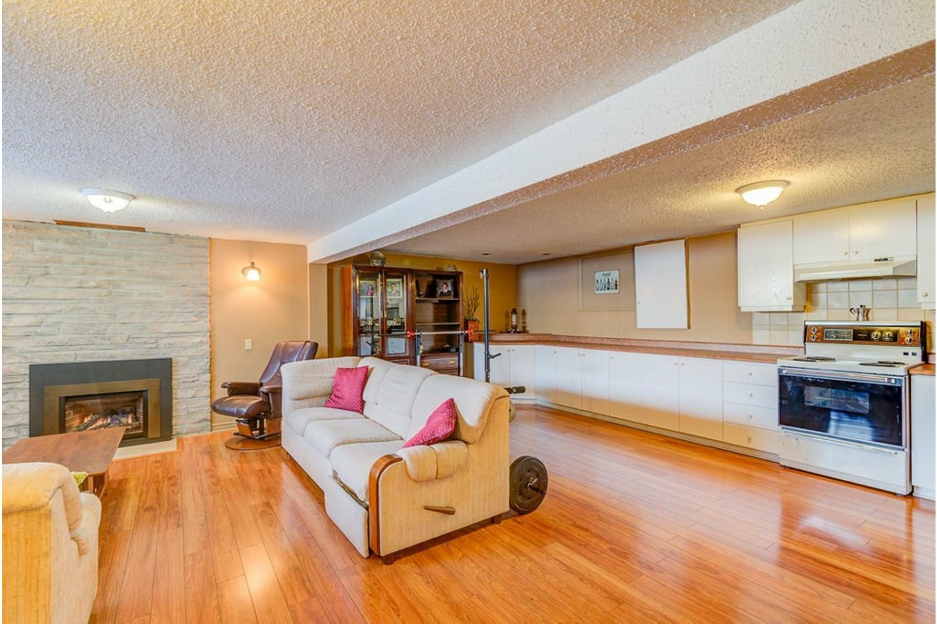 image 36 - House For sale Montréal-Nord Montréal  - 10 rooms