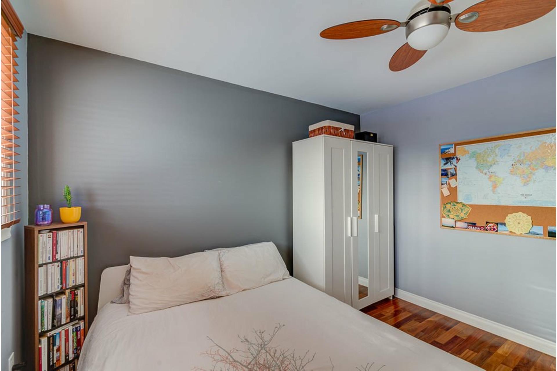 image 30 - House For sale Montréal-Nord Montréal  - 10 rooms
