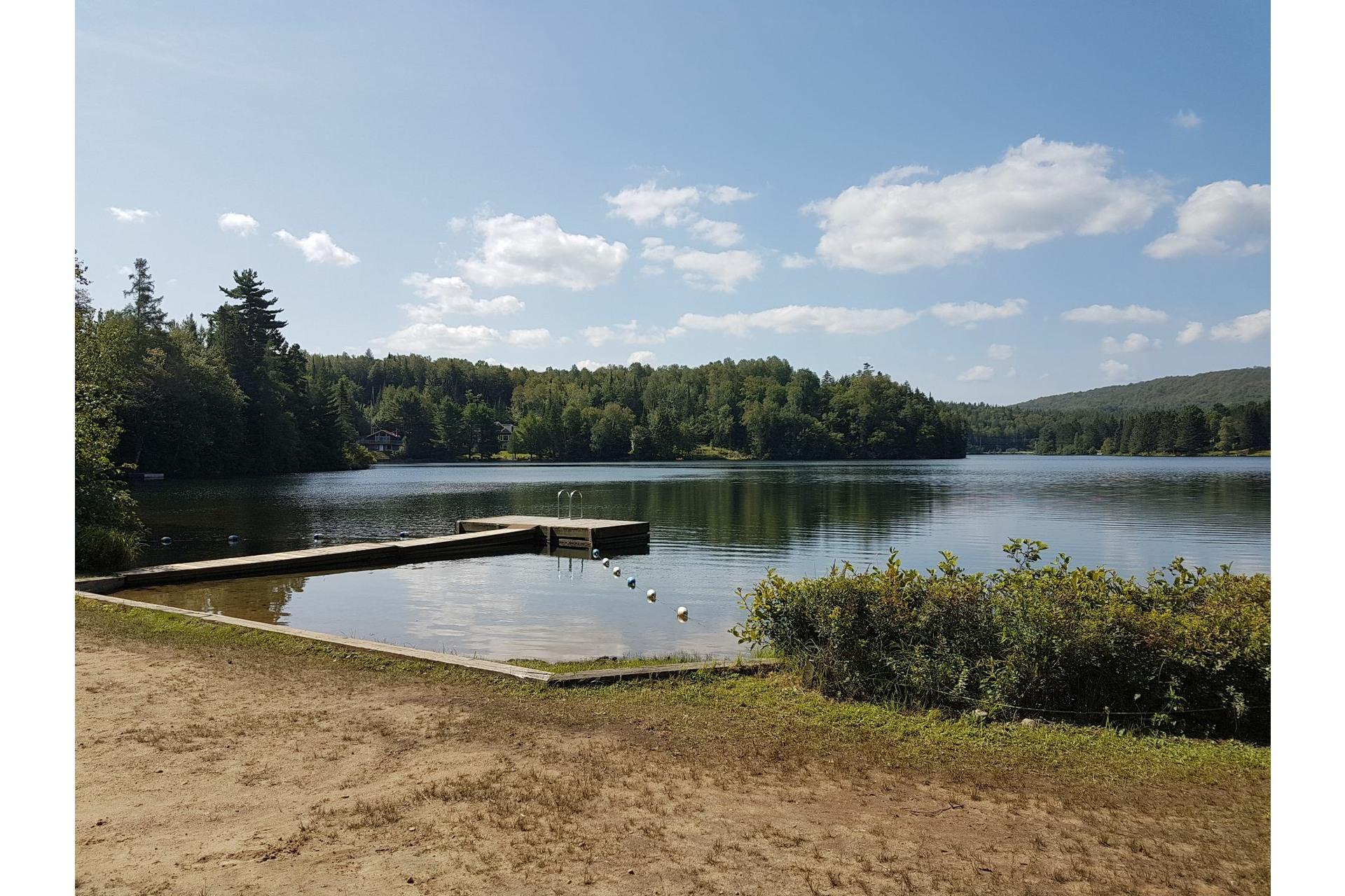 image 2 - Terrain À vendre Lac-Supérieur