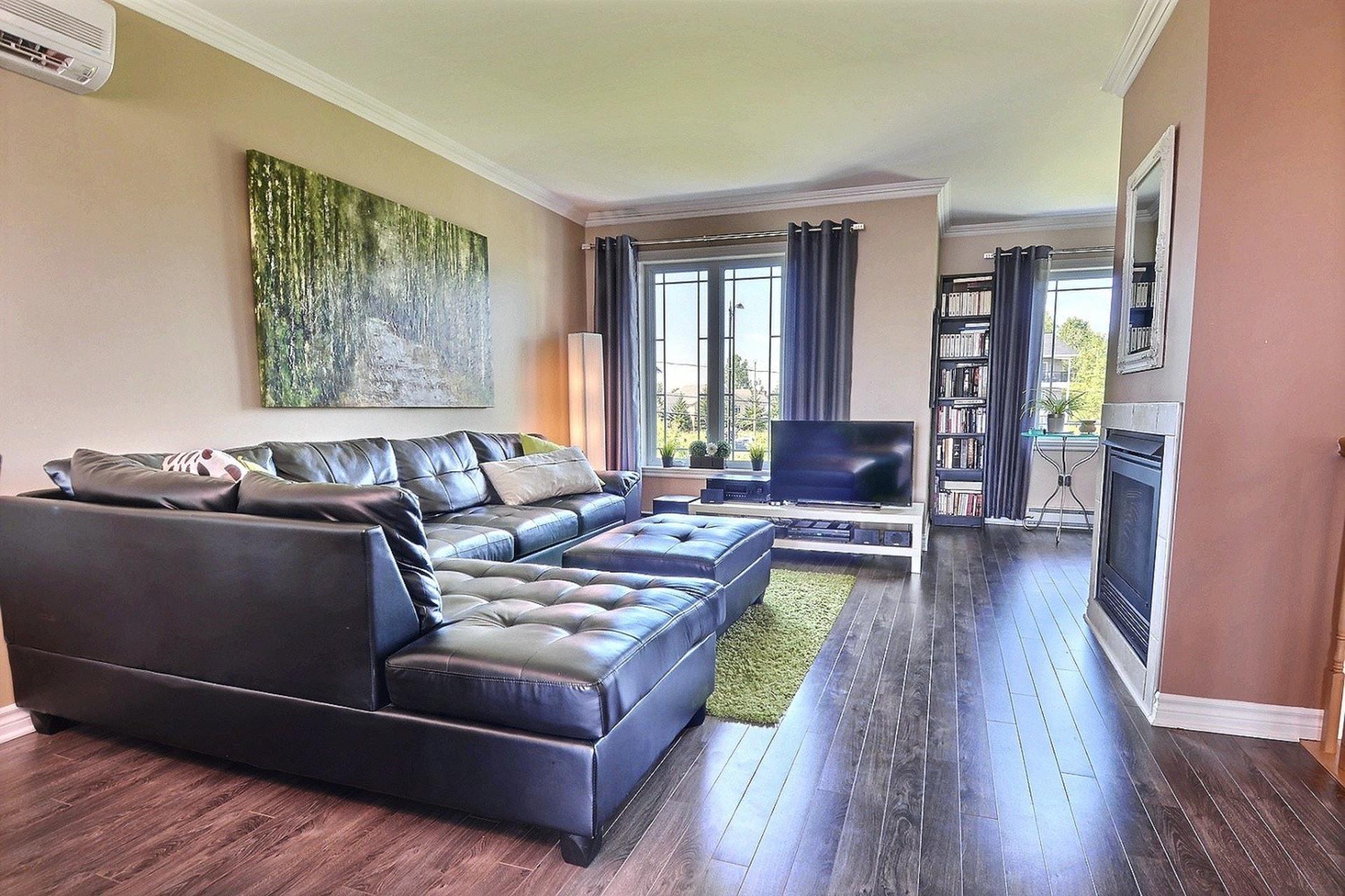 image 2 - Appartement À vendre Bois-des-Filion - 7 pièces