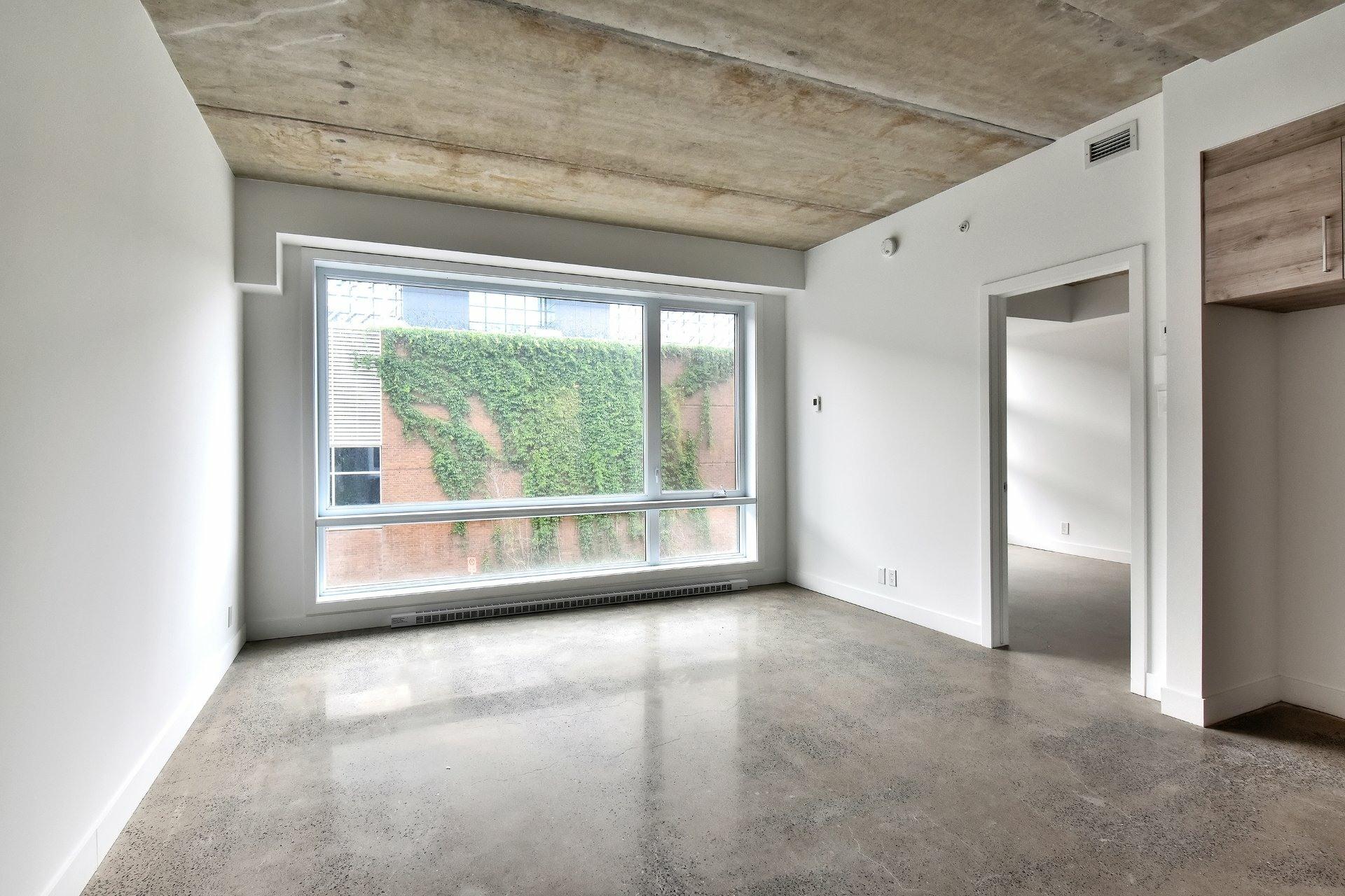 image 2 - Apartment For rent Le Sud-Ouest Montréal  - 7 rooms