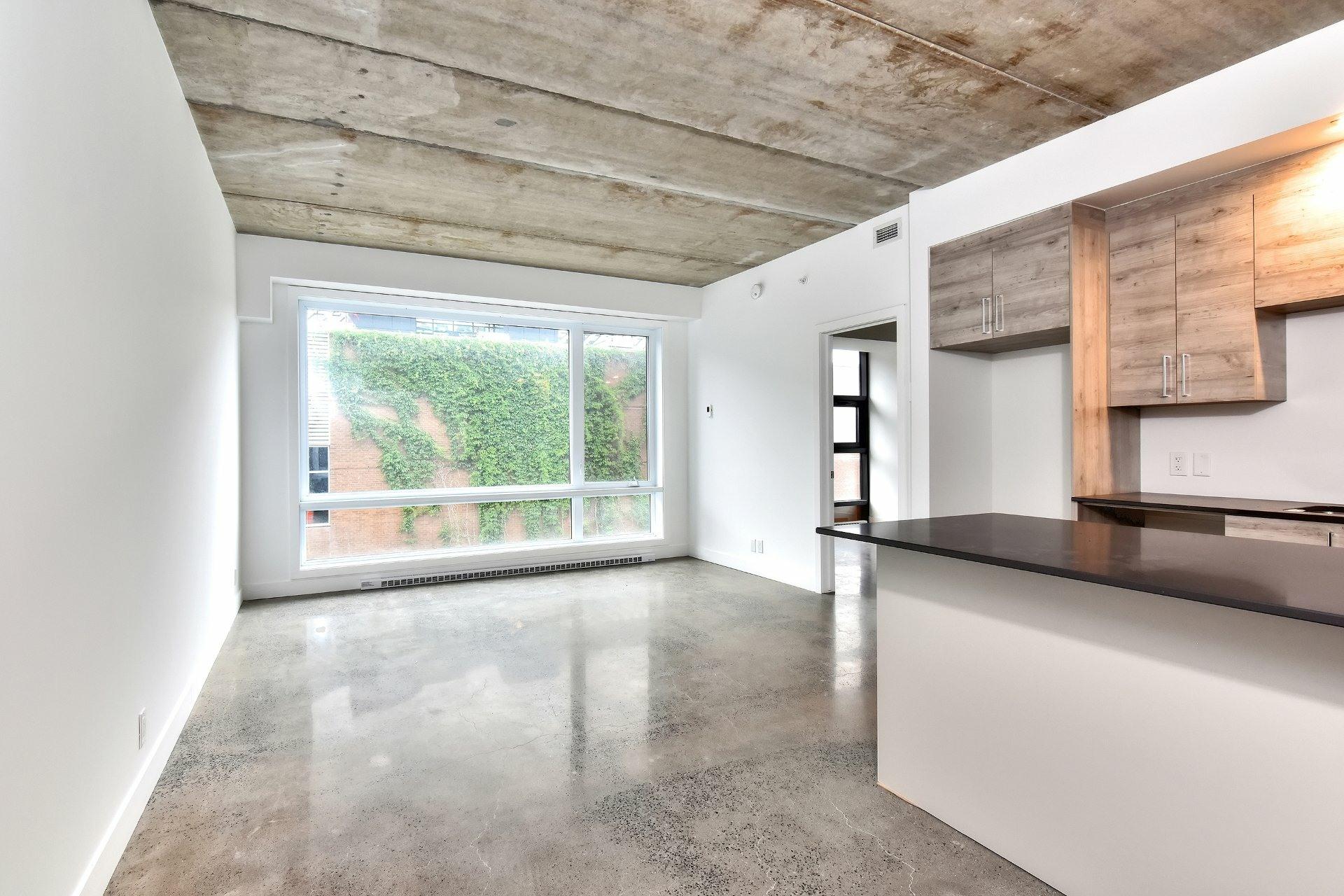 image 1 - Appartement À louer Le Sud-Ouest Montréal  - 7 pièces