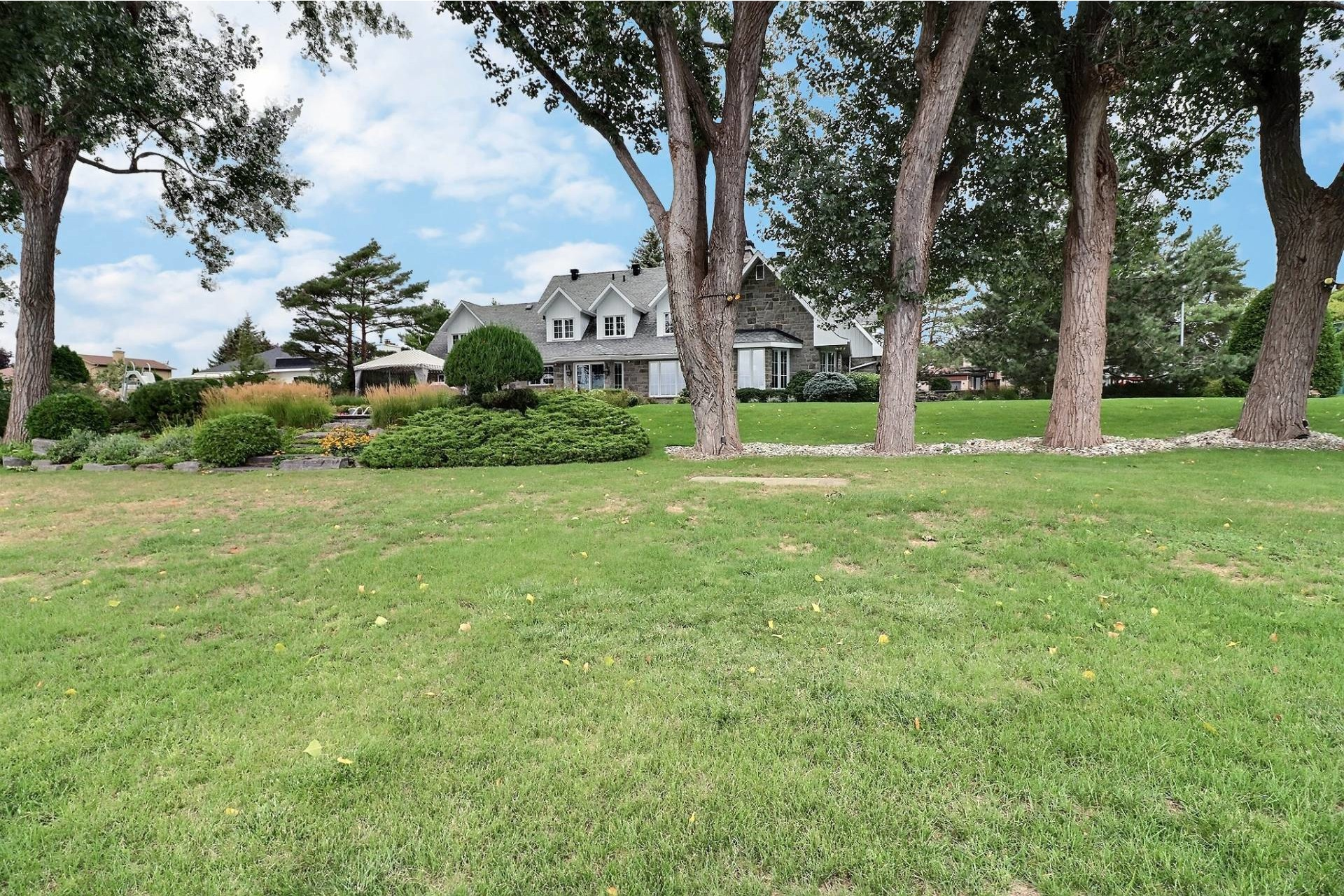 image 67 - House For sale Duvernay Laval