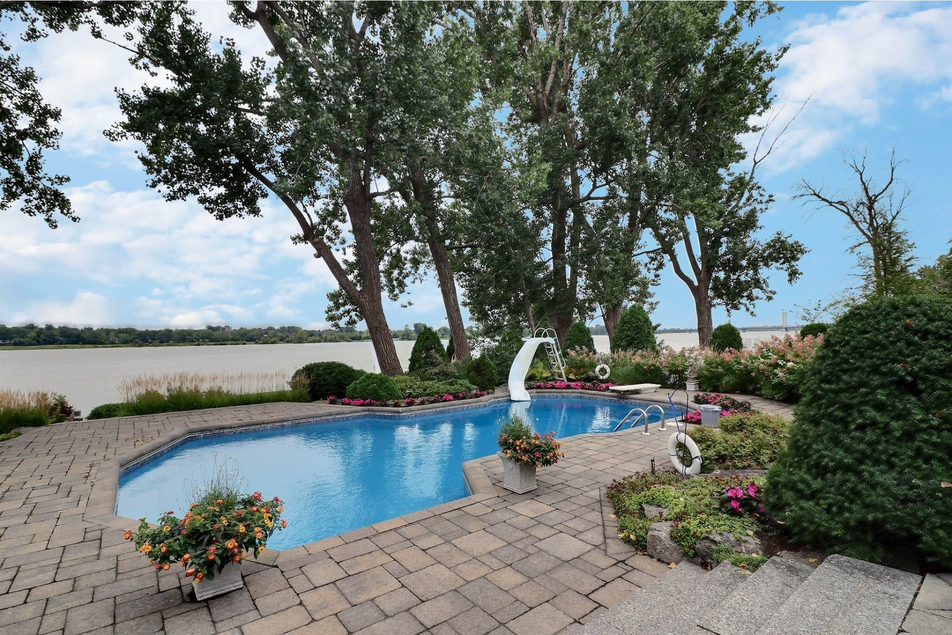 image 64 - House For sale Duvernay Laval