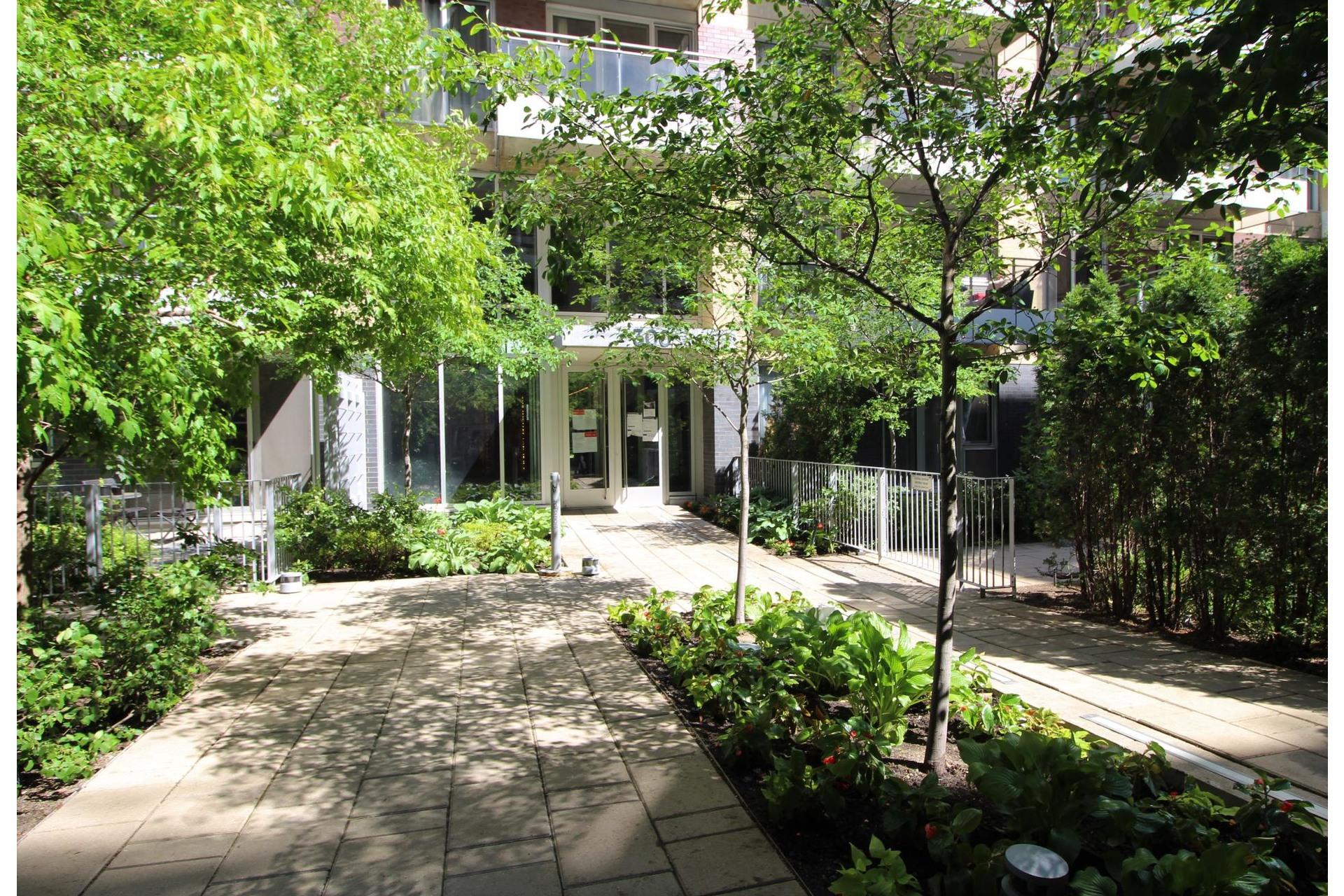 image 16 - Appartement À vendre Le Sud-Ouest Montréal  - 4 pièces