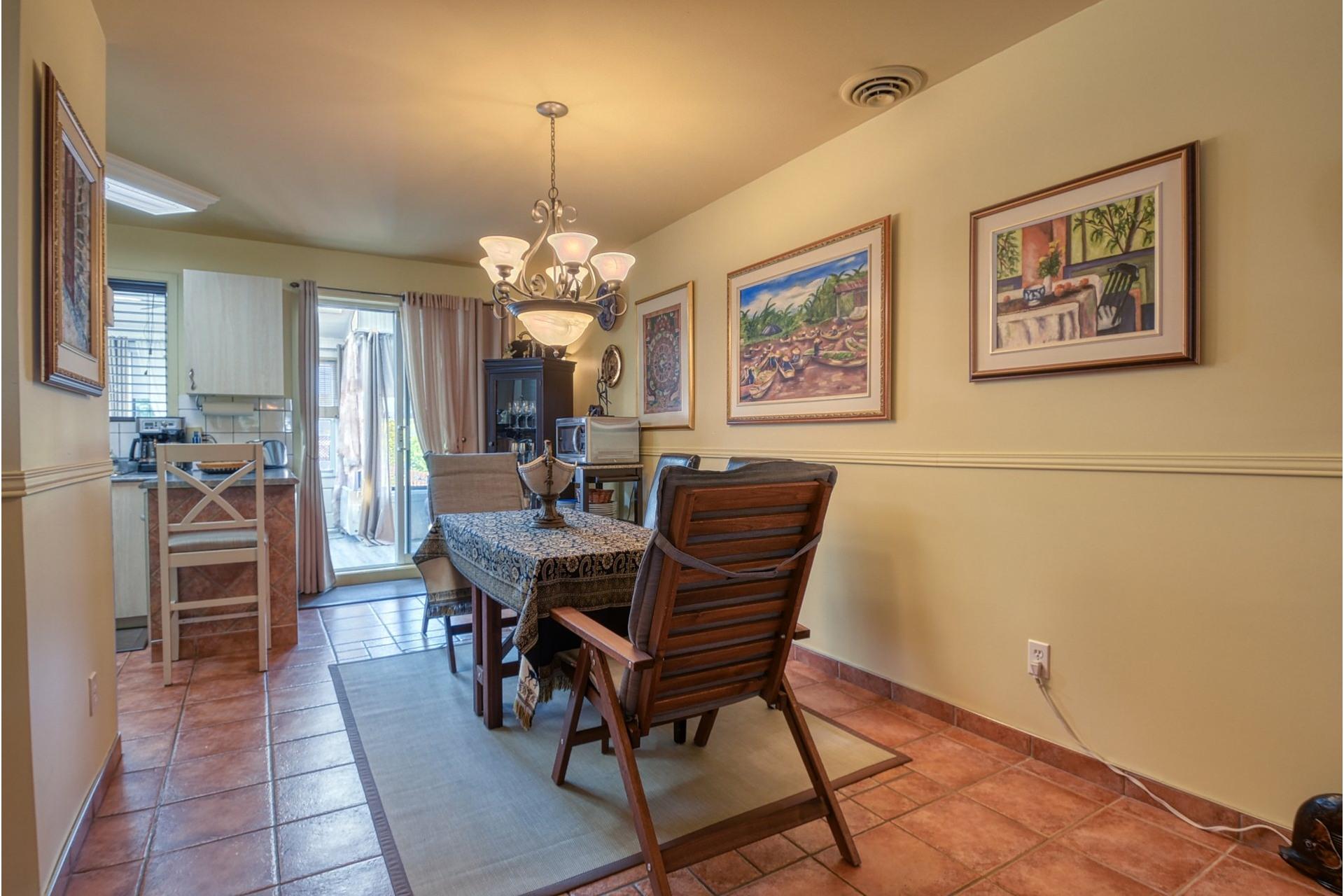 image 6 - House For sale Rivière-des-Prairies/Pointe-aux-Trembles Montréal  - 9 rooms