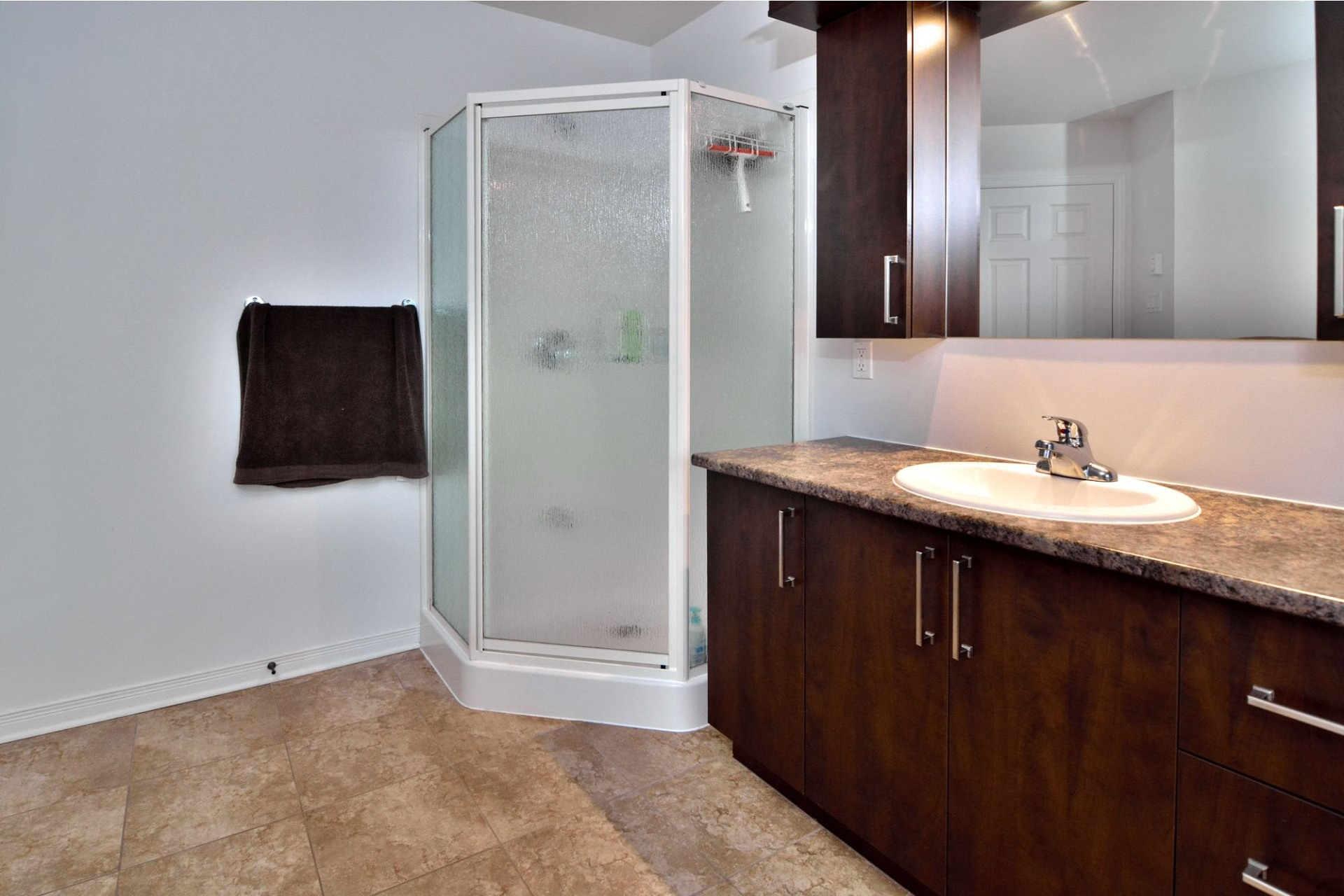 image 17 - House For sale Vaudreuil-Dorion - 12 rooms