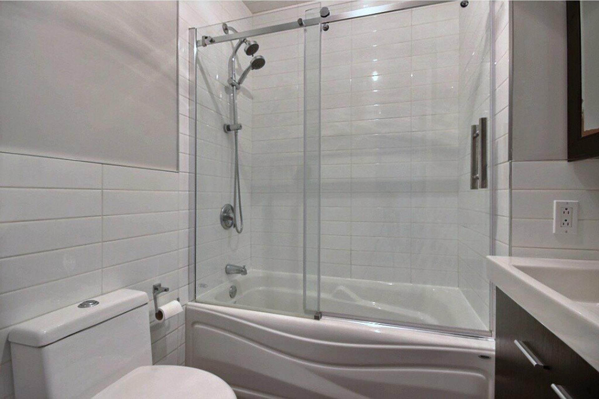 image 7 - Departamento Para alquiler LaSalle Montréal  - 6 habitaciones