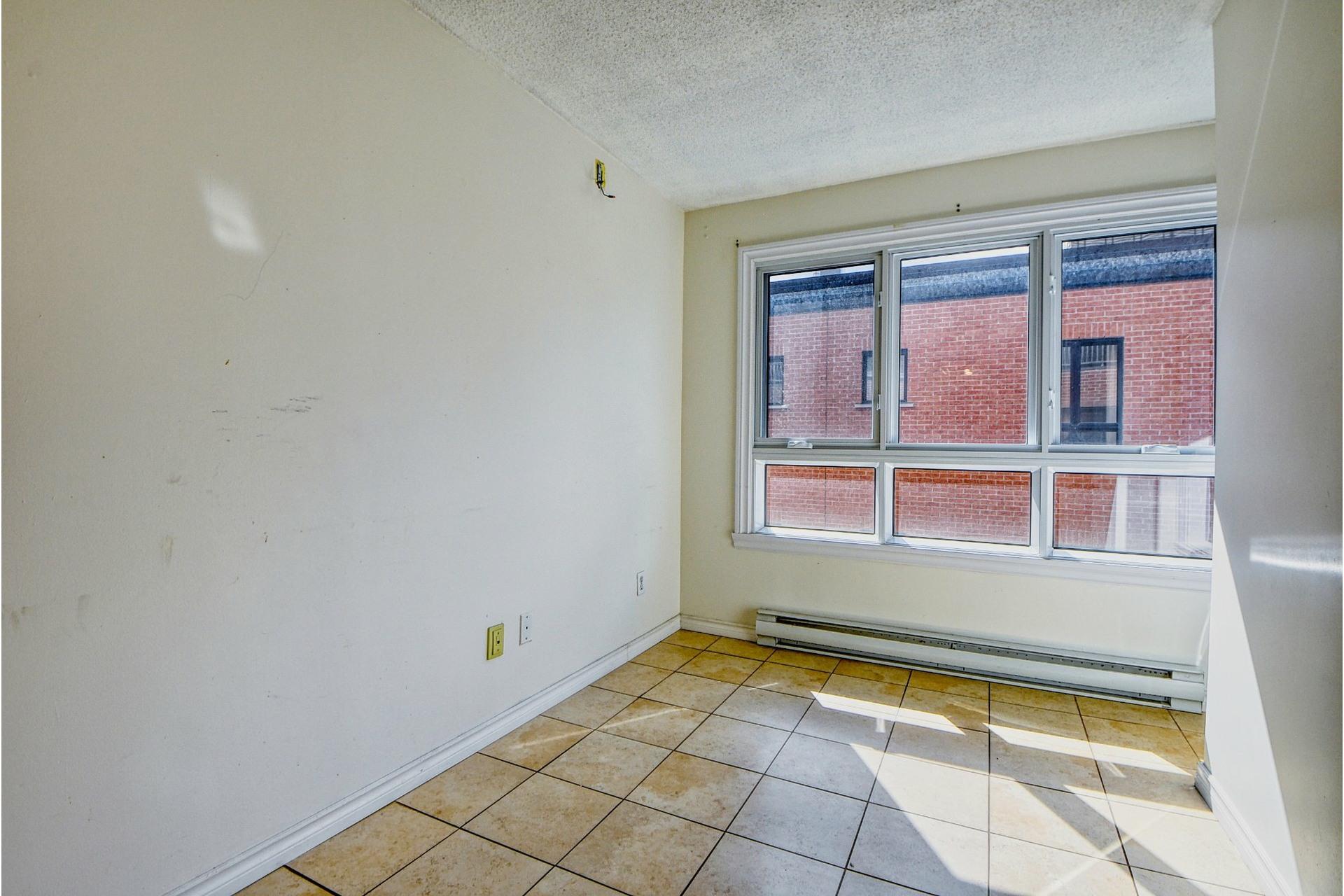 image 5 - Appartement À louer Le Sud-Ouest Montréal  - 5 pièces