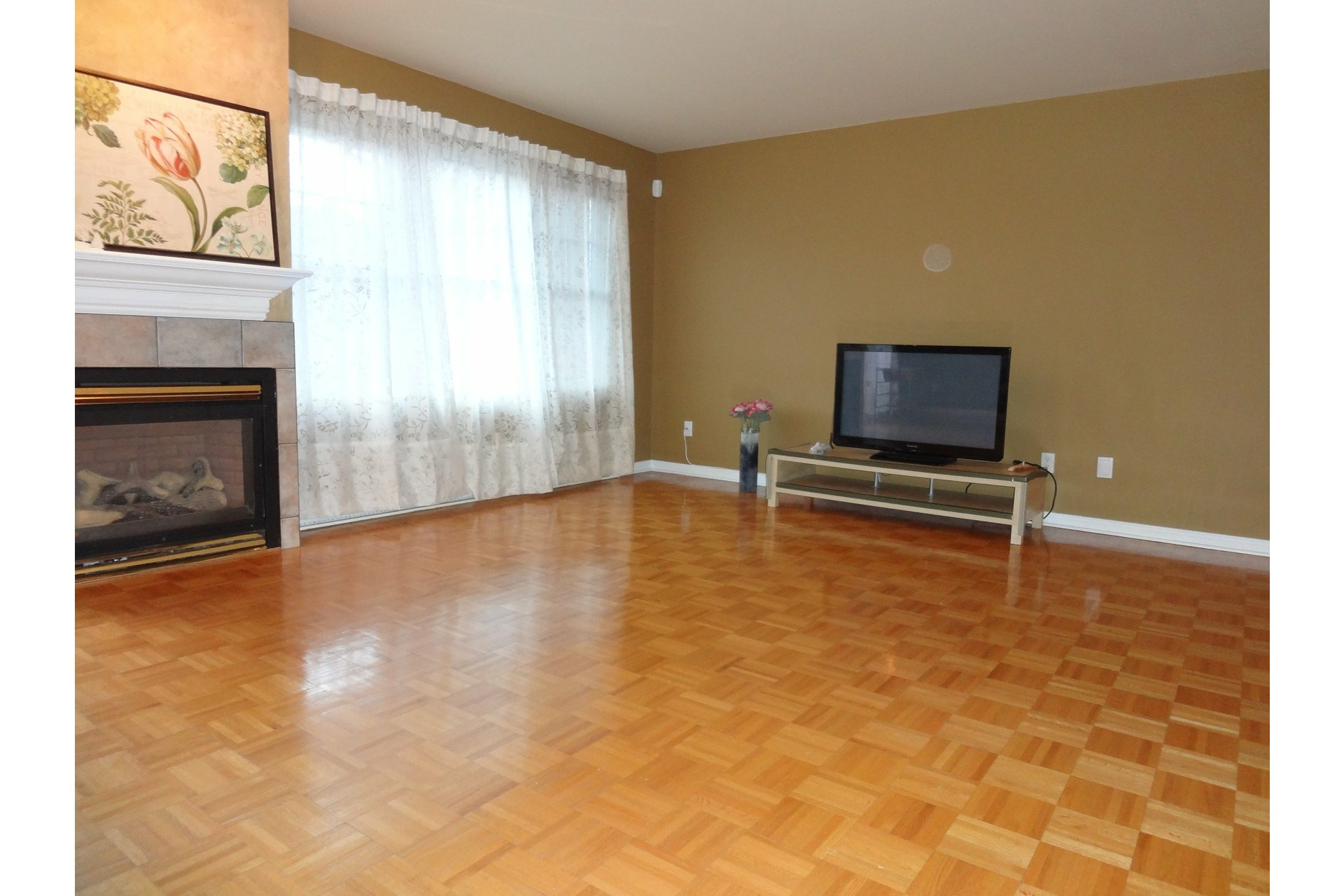 image 1 - Appartement À louer LaSalle Montréal  - 5 pièces