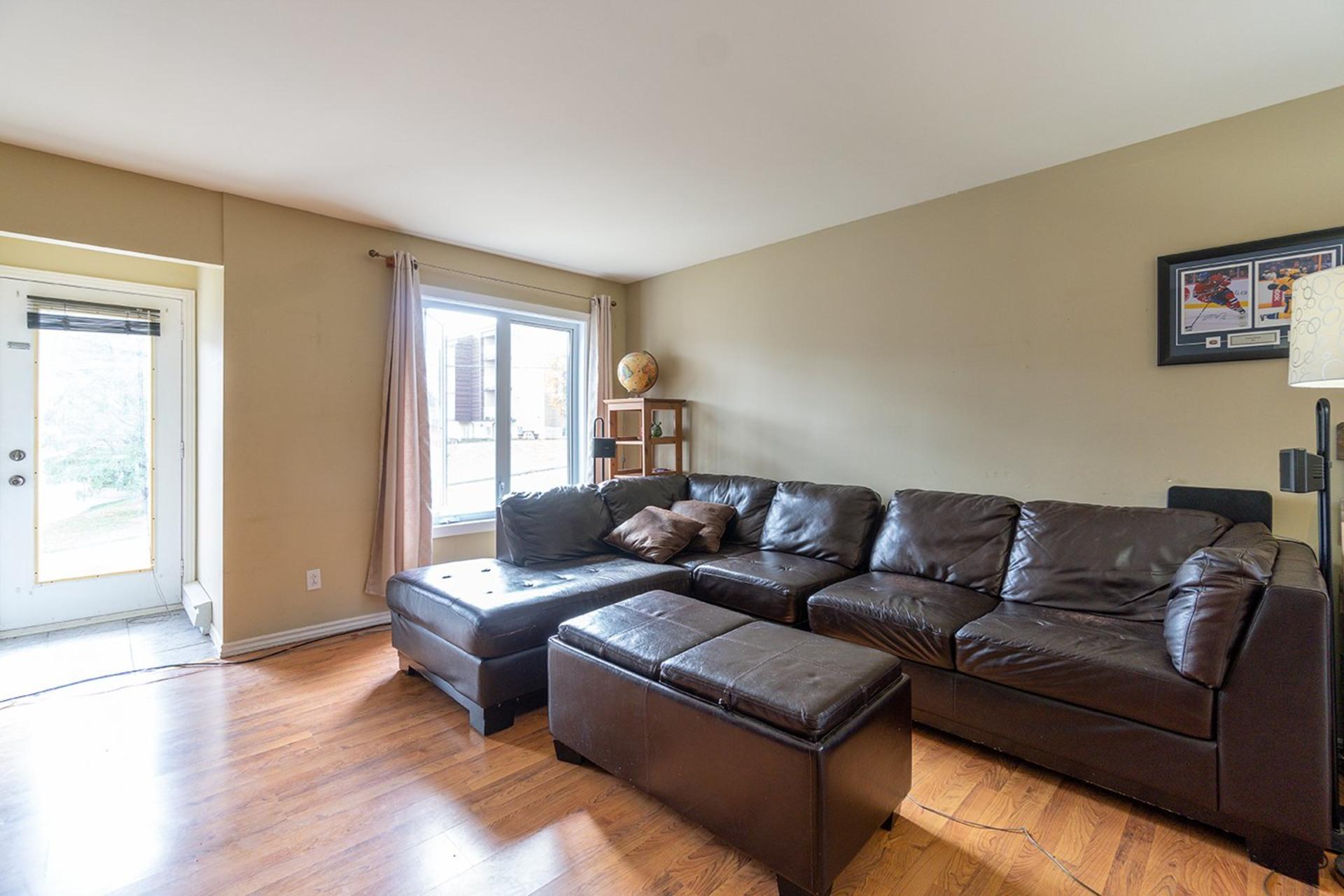 image 3 - Maison À vendre Fleurimont Sherbrooke  - 7 pièces