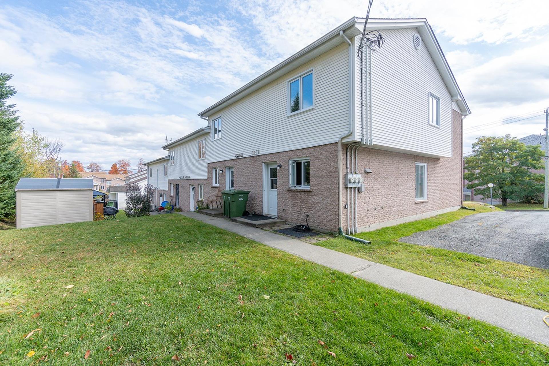 image 15 - Maison À vendre Fleurimont Sherbrooke  - 7 pièces
