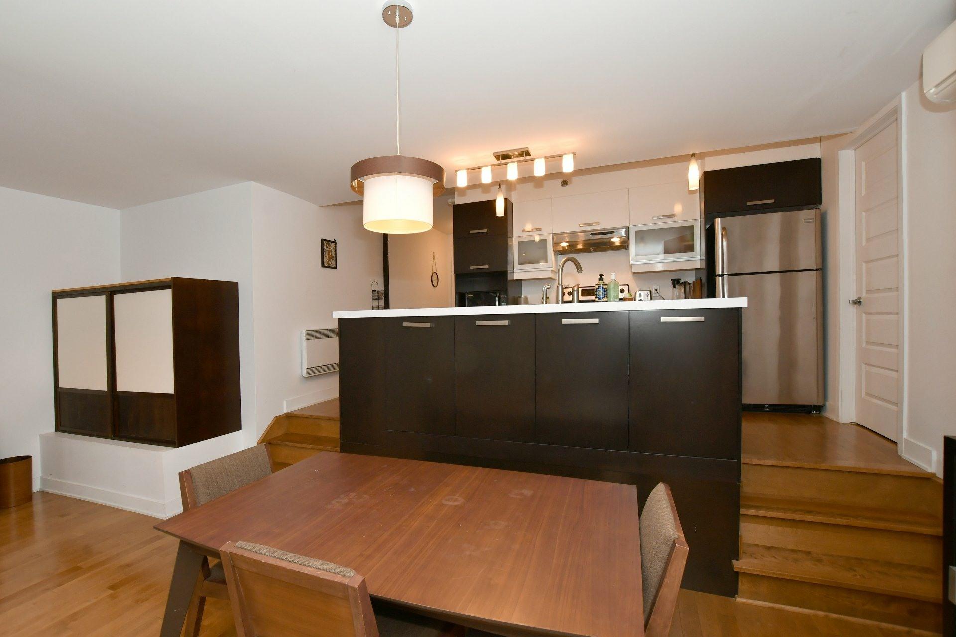 image 8 - Appartement À louer Le Plateau-Mont-Royal Montréal  - 4 pièces