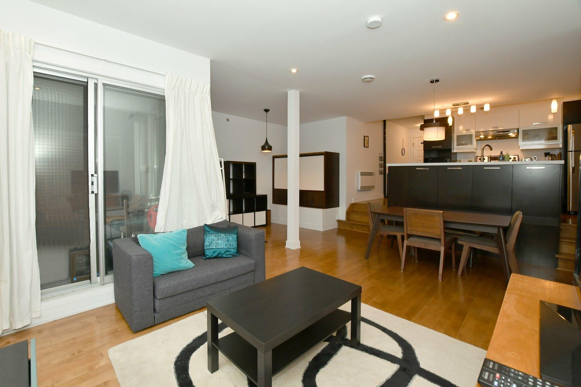 image 3 - Appartement À louer Le Plateau-Mont-Royal Montréal  - 4 pièces