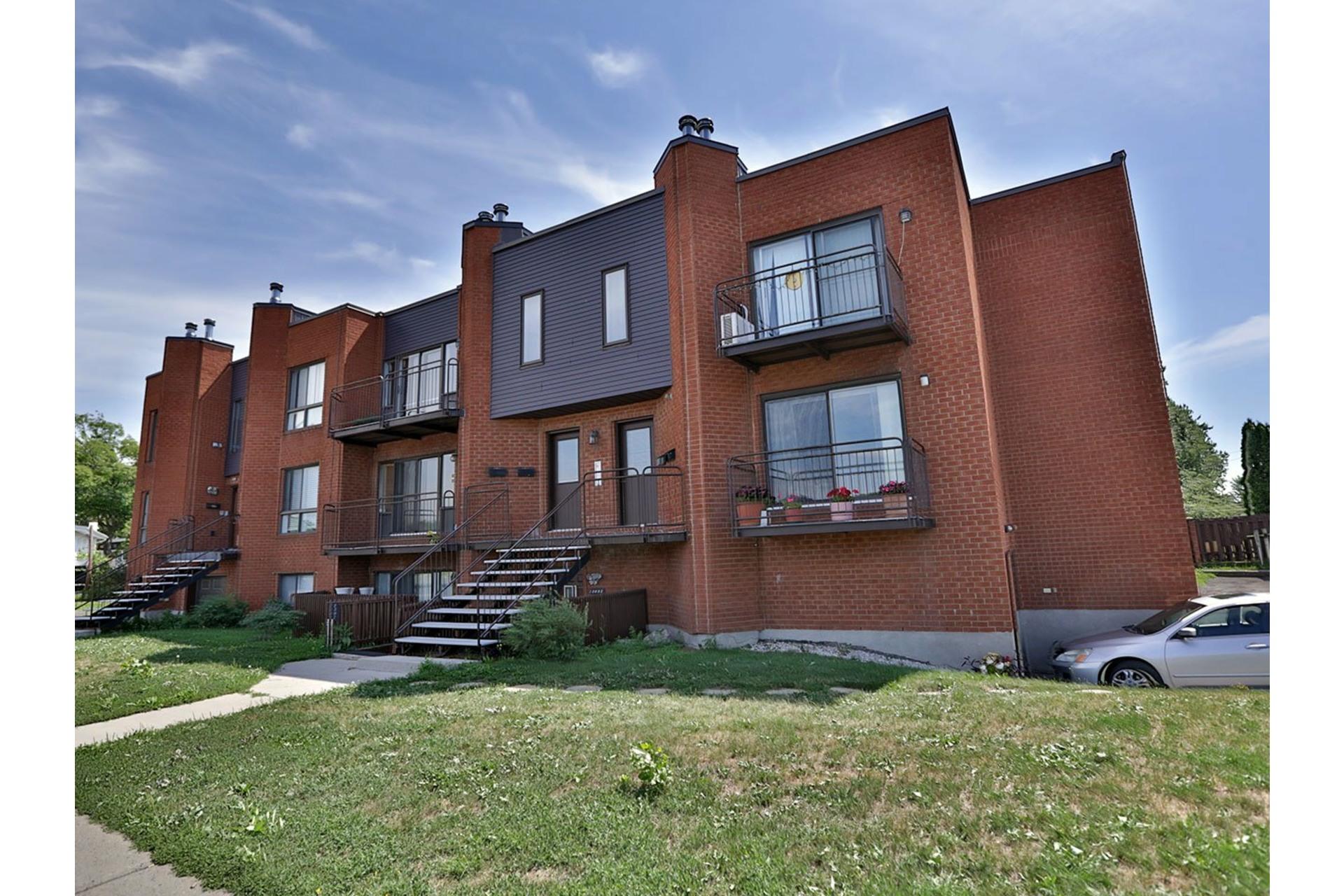 image 0 - Appartement À louer Brossard - 6 pièces