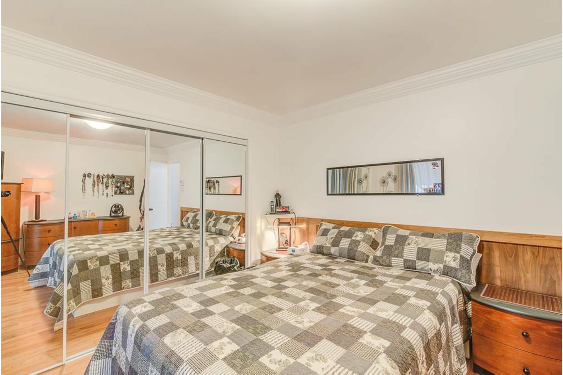 image 15 - House For sale Saint-Lin/Laurentides - 7 rooms