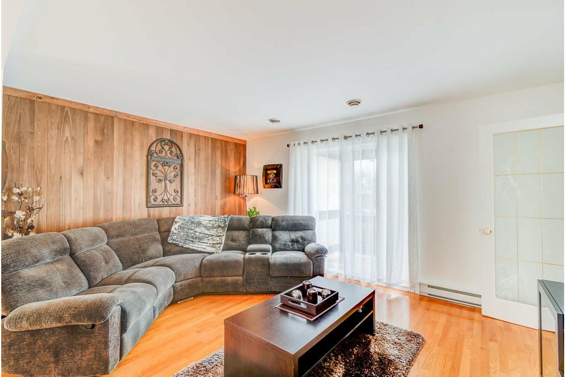 image 3 - House For sale Saint-Lin/Laurentides - 7 rooms