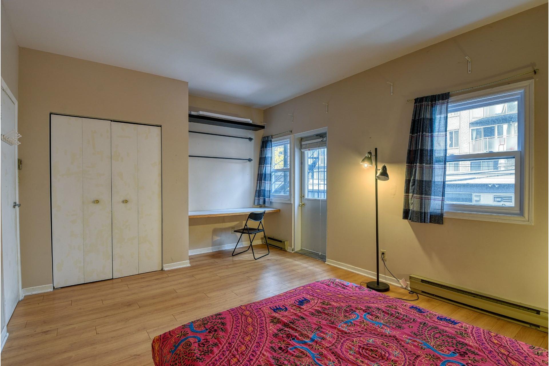 image 12 - Appartamento In Vendita Le Plateau-Mont-Royal Montréal  - 5 stanze