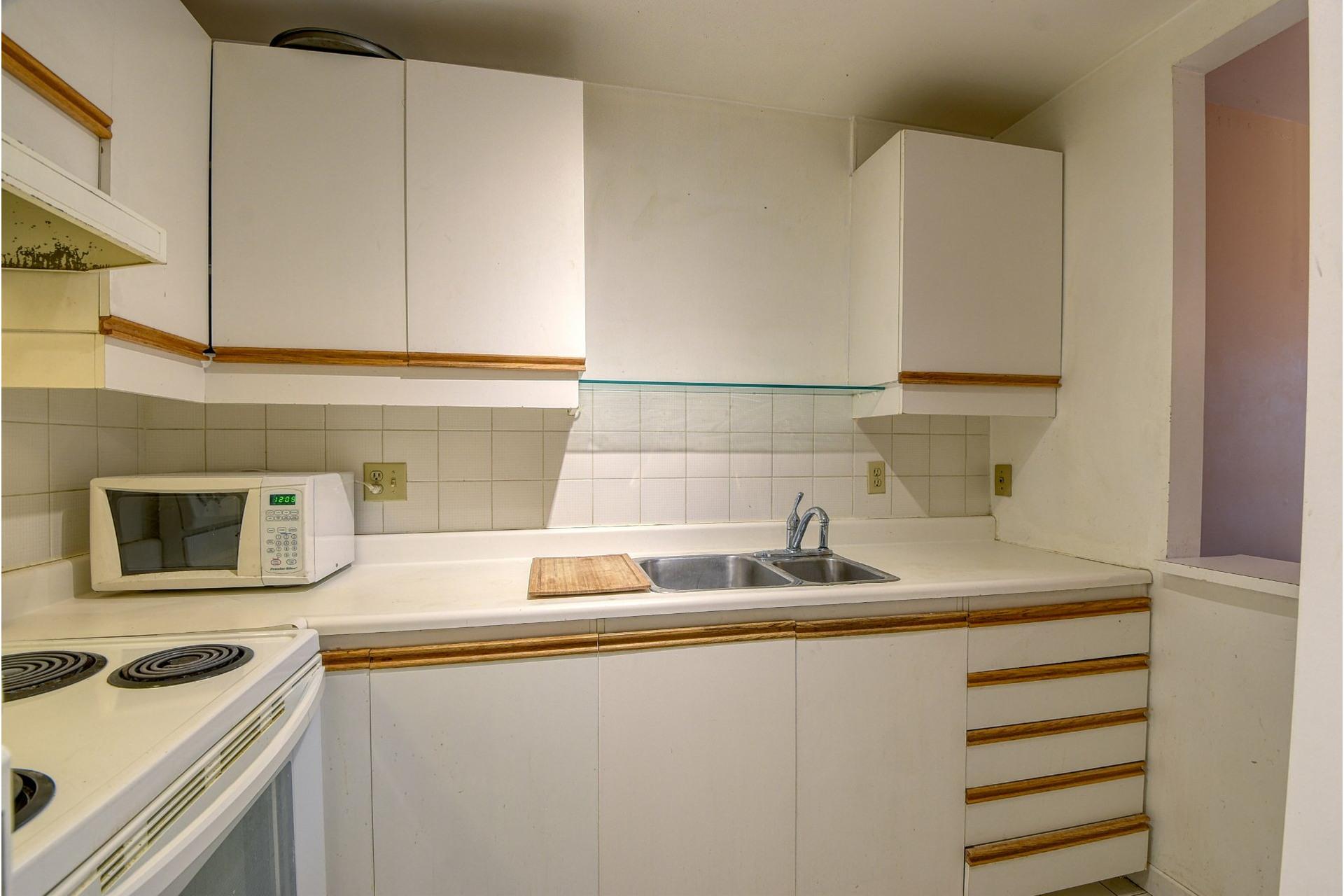image 9 - Appartamento In Vendita Le Plateau-Mont-Royal Montréal  - 5 stanze