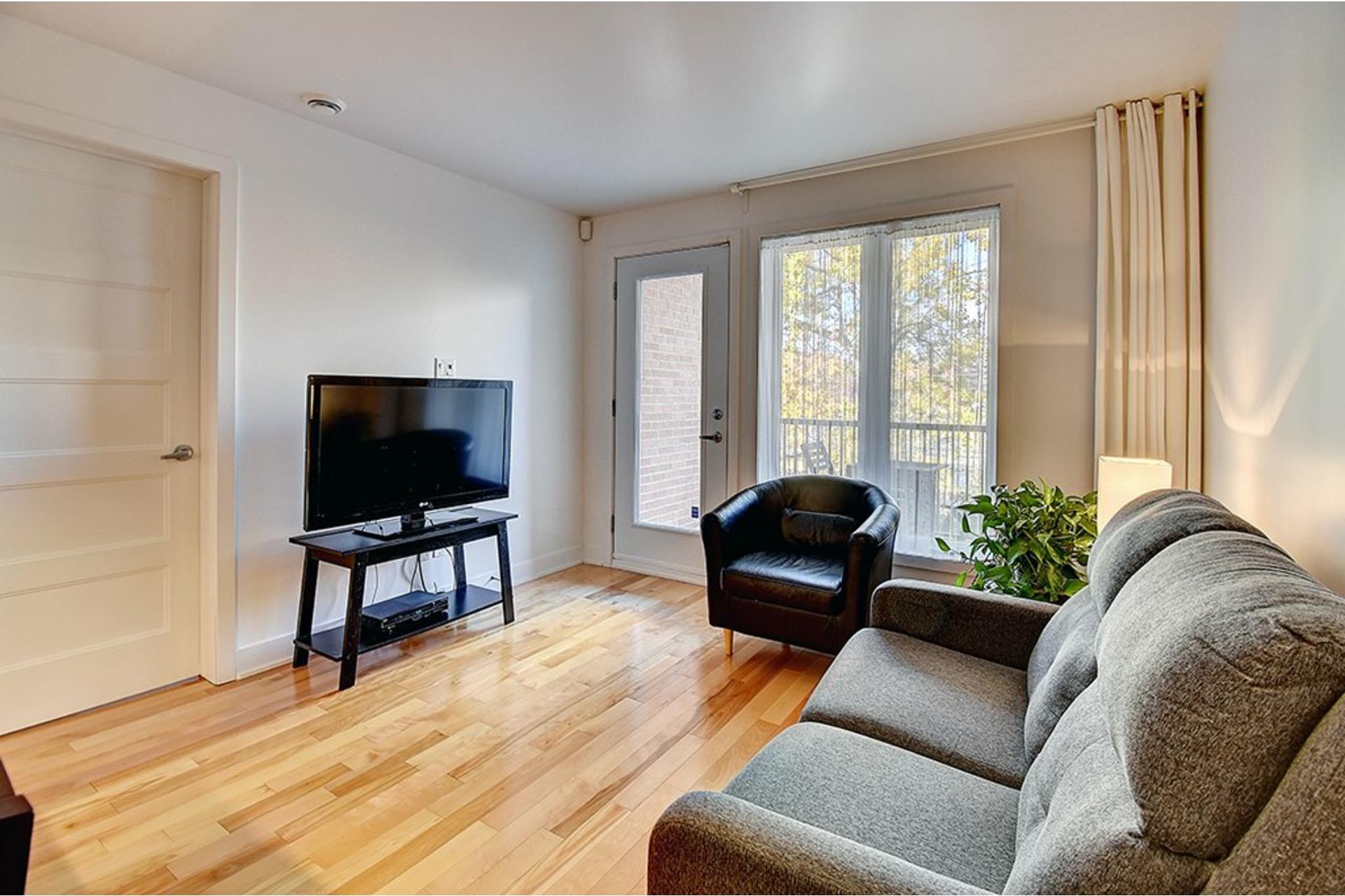 image 13 - Appartement À vendre Le Sud-Ouest Montréal  - 5 pièces