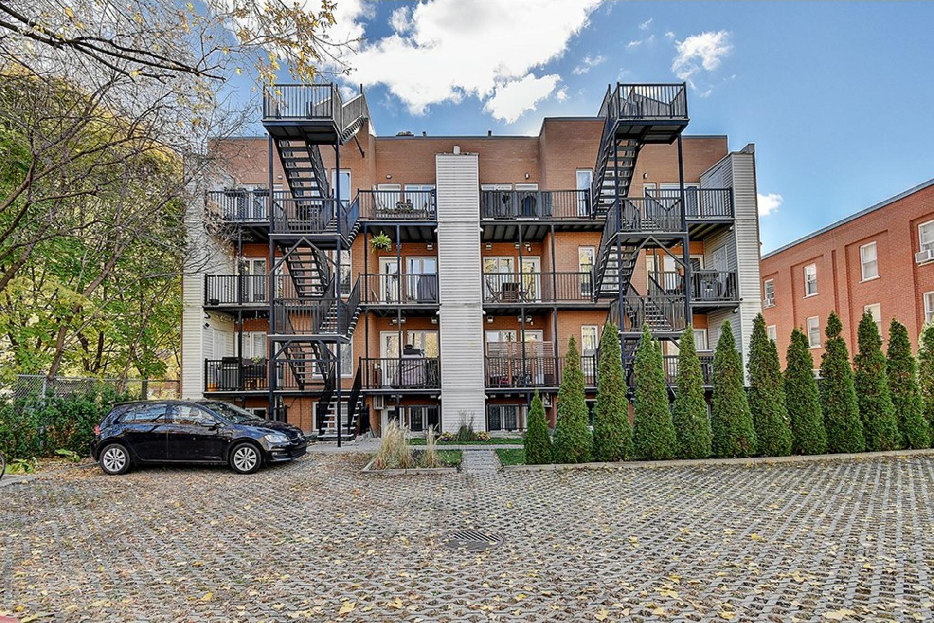 image 23 - Appartement À vendre Le Sud-Ouest Montréal  - 5 pièces