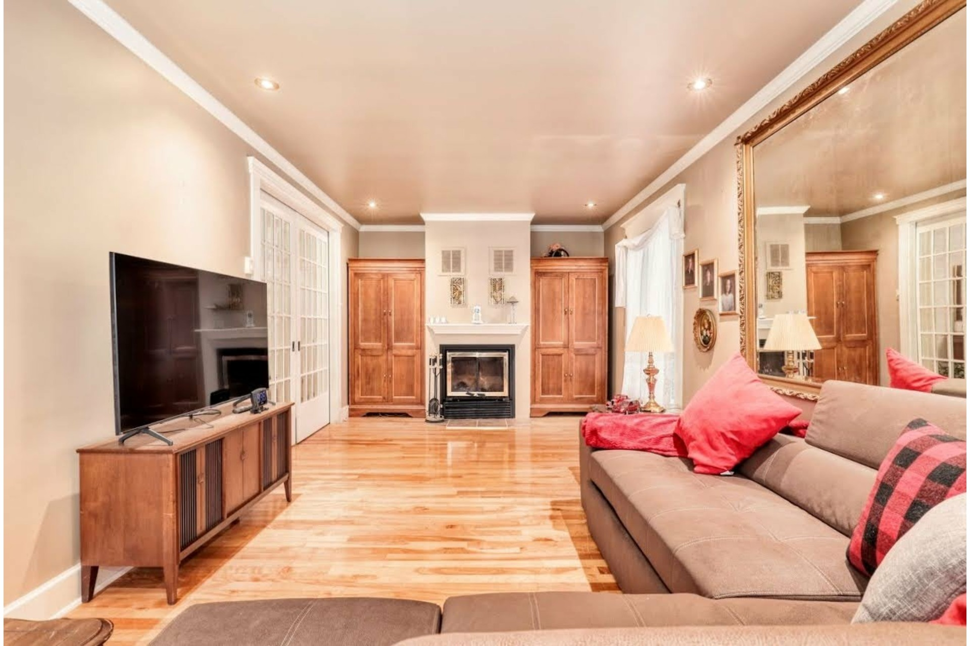 image 2 - House For sale Joliette - 10 rooms