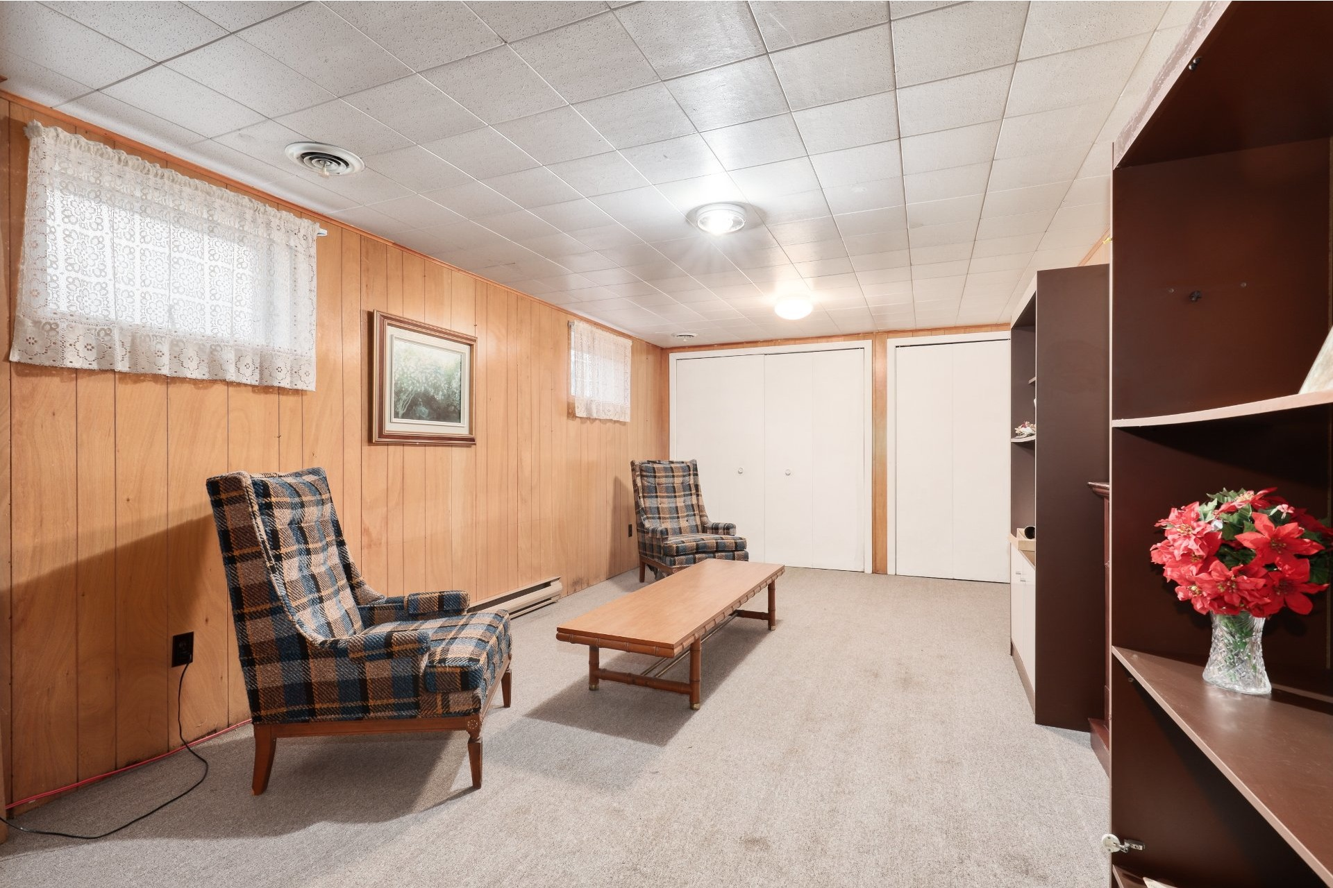 image 11 - House For sale Joliette - 10 rooms