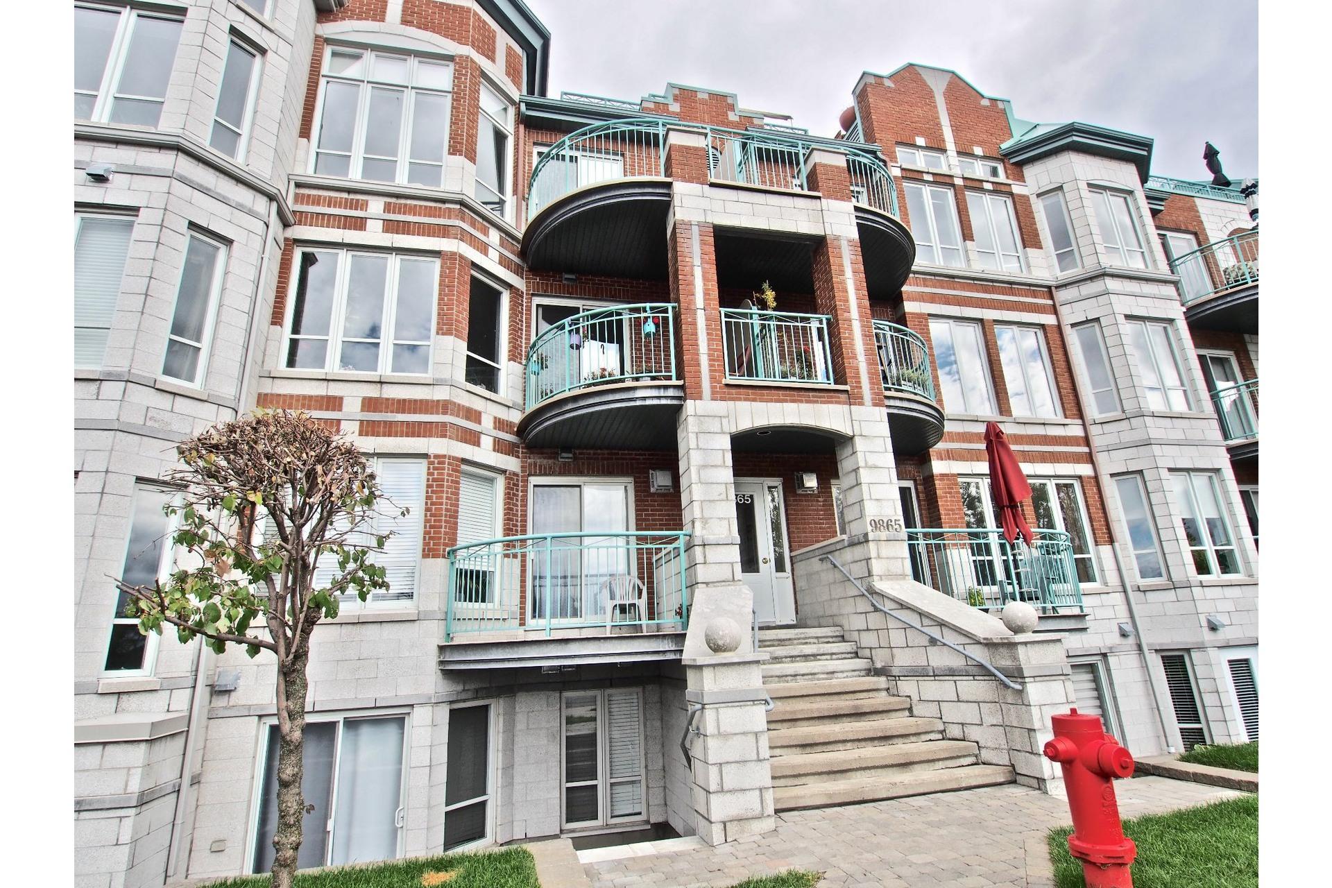 image 0 - Appartement À vendre LaSalle Montréal  - 4 pièces