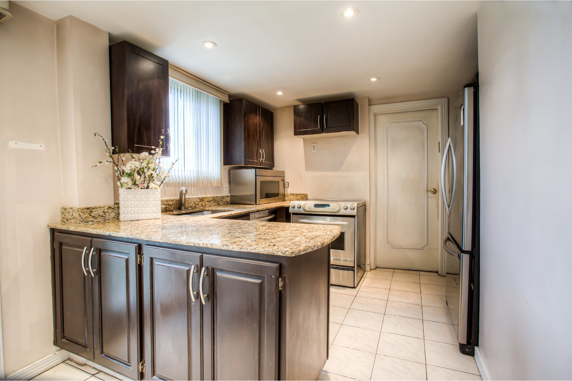 image 13 - House For sale Chomedey Laval  - 10 rooms