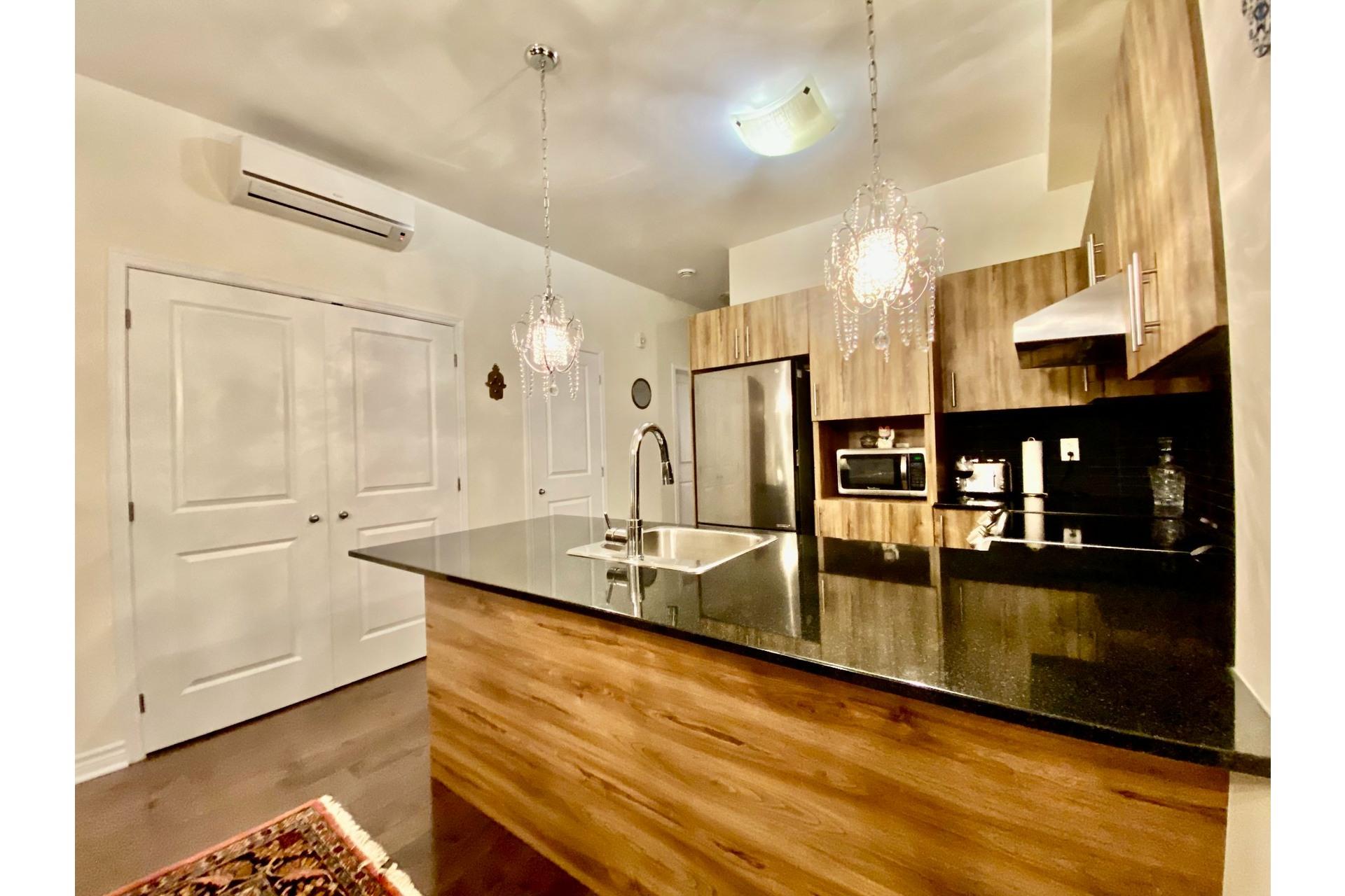 image 7 - Appartement À vendre Lachine Montréal  - 7 pièces