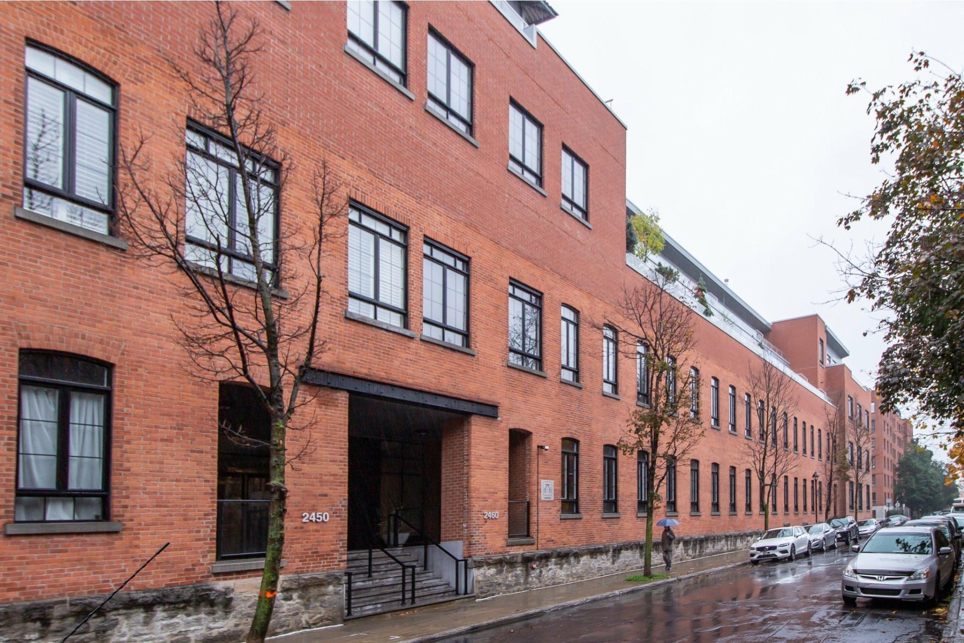 image 1 - Appartement À vendre Le Sud-Ouest Montréal  - 3 pièces