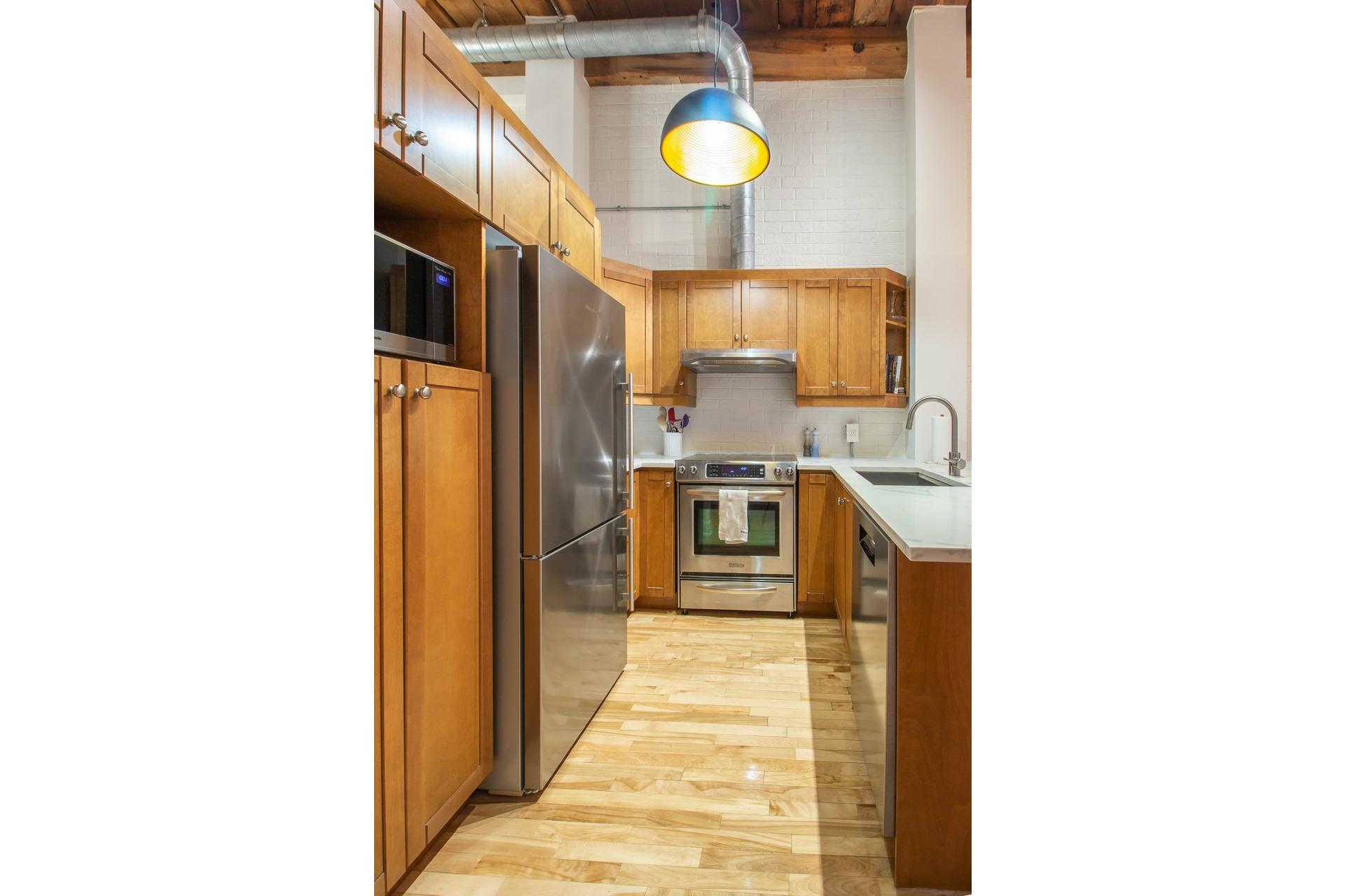 image 8 - Appartement À vendre Le Sud-Ouest Montréal  - 3 pièces