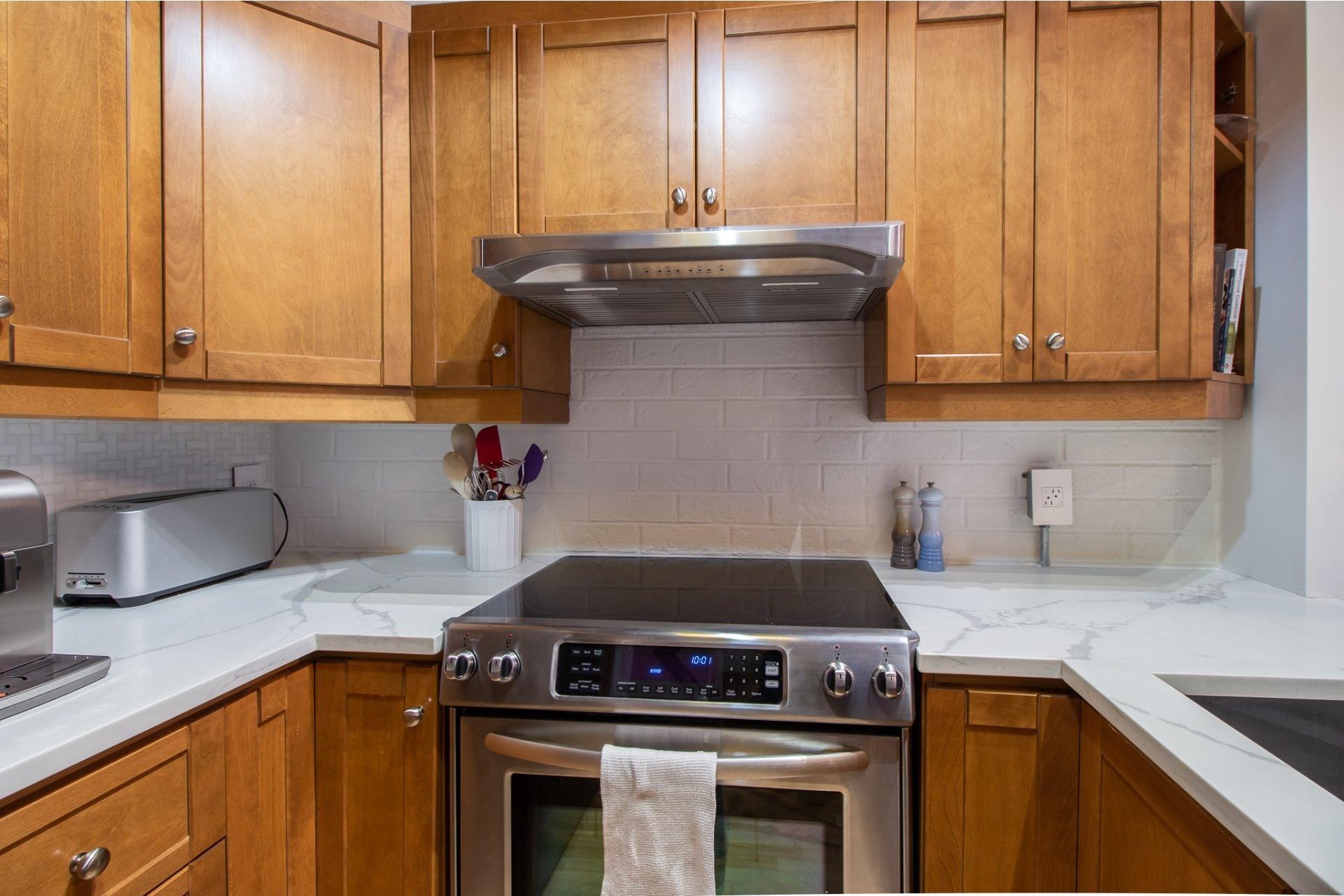 image 7 - Appartement À vendre Le Sud-Ouest Montréal  - 3 pièces