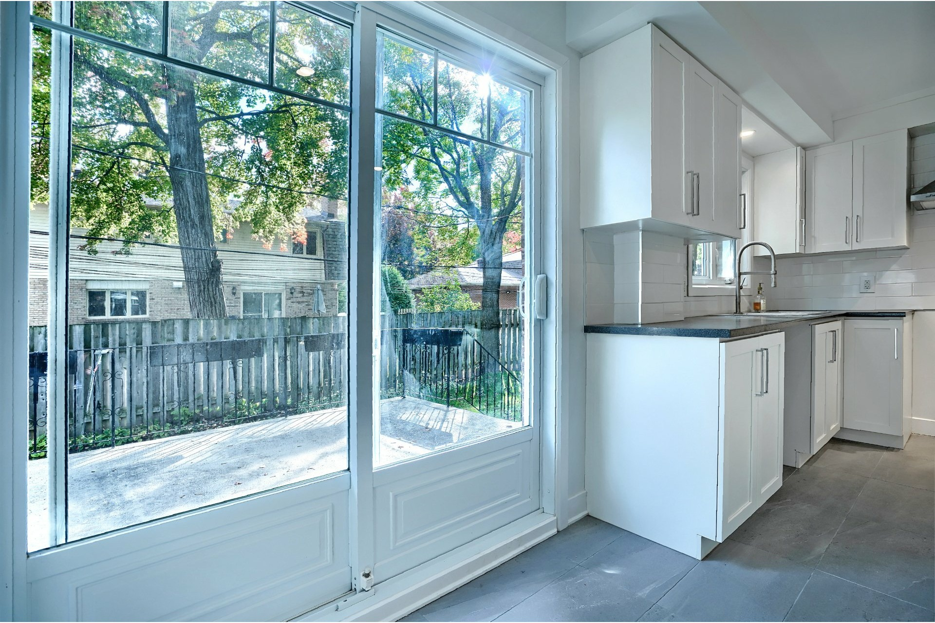 image 6 - House For sale Brossard - 16 rooms
